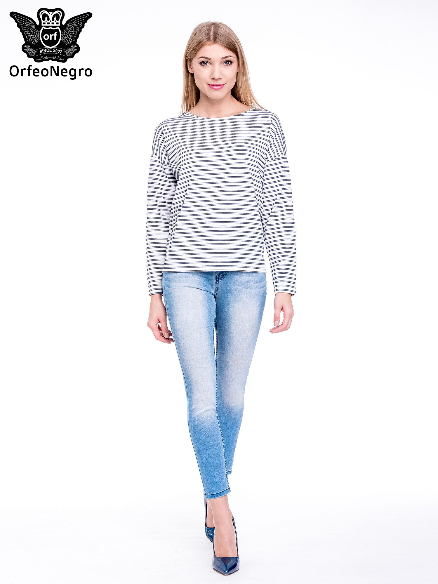 Niebieskie spodnie skinny jeans z wysokim stanem                                  zdj.                                  2