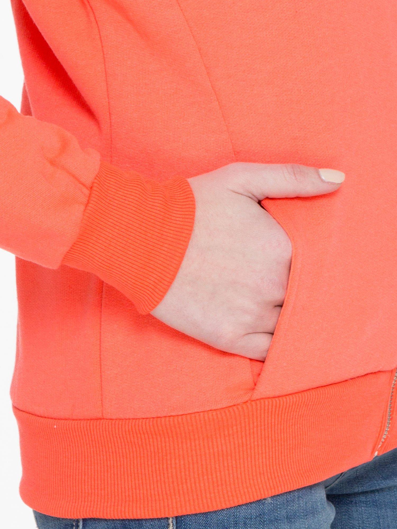 Pomarańczowa bluza damska z kapturem zasuwana na suwak                                  zdj.                                  7