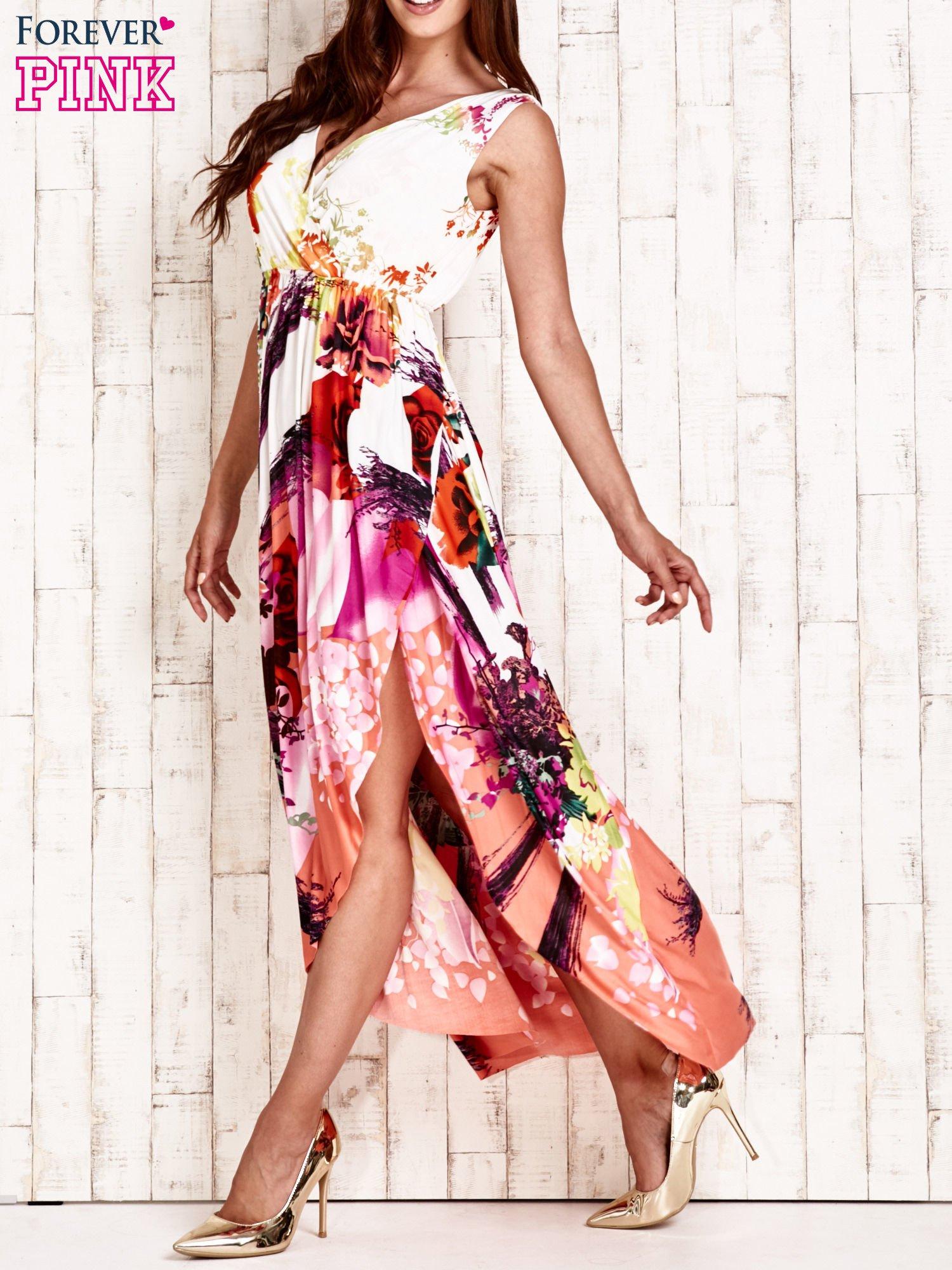 Pomarańczowa sukienka maxi z trójkątnym dekoltem                                  zdj.                                  3