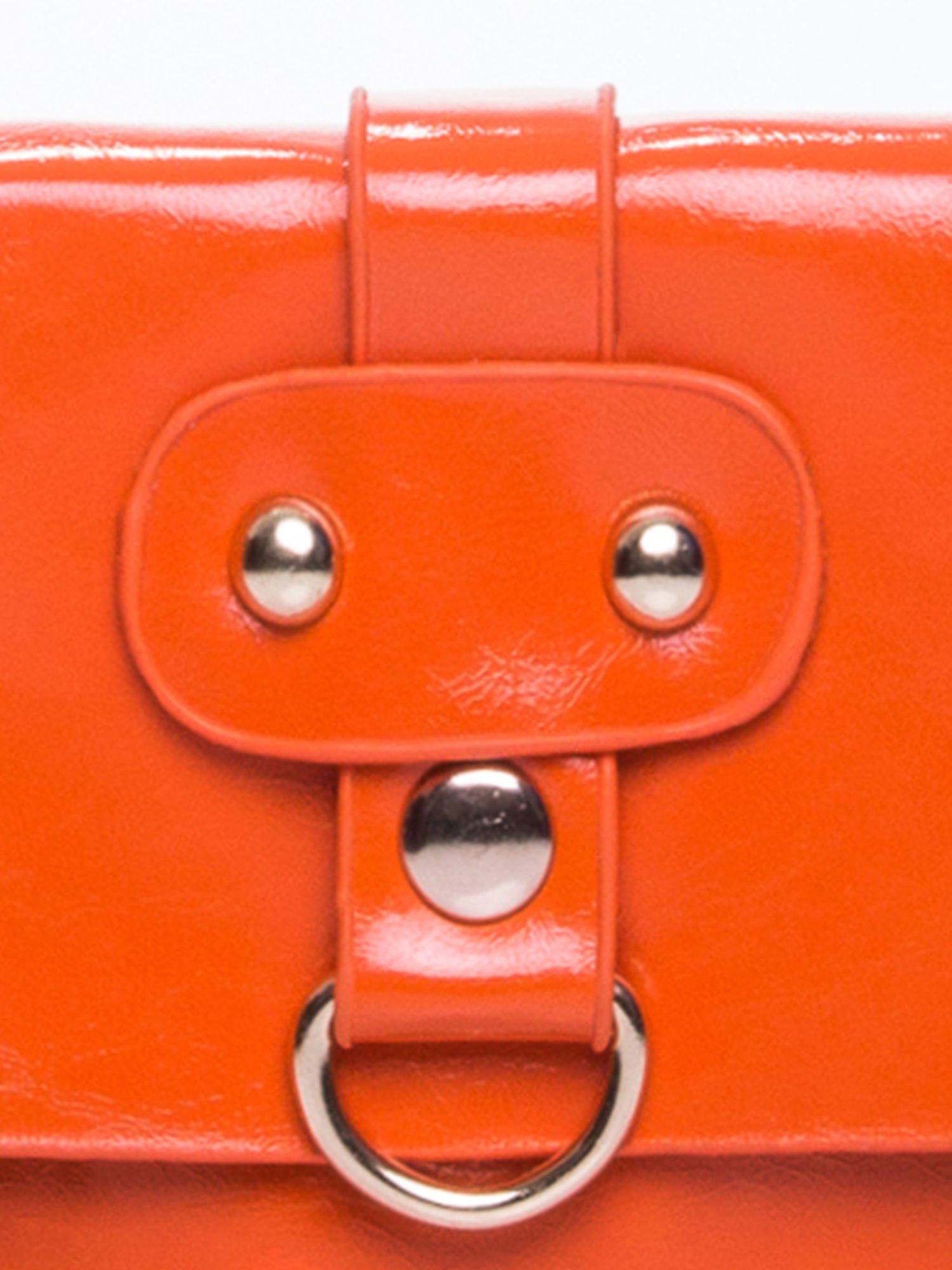 Pomaranczowa torebka listonoszka z klapką                                  zdj.                                  6