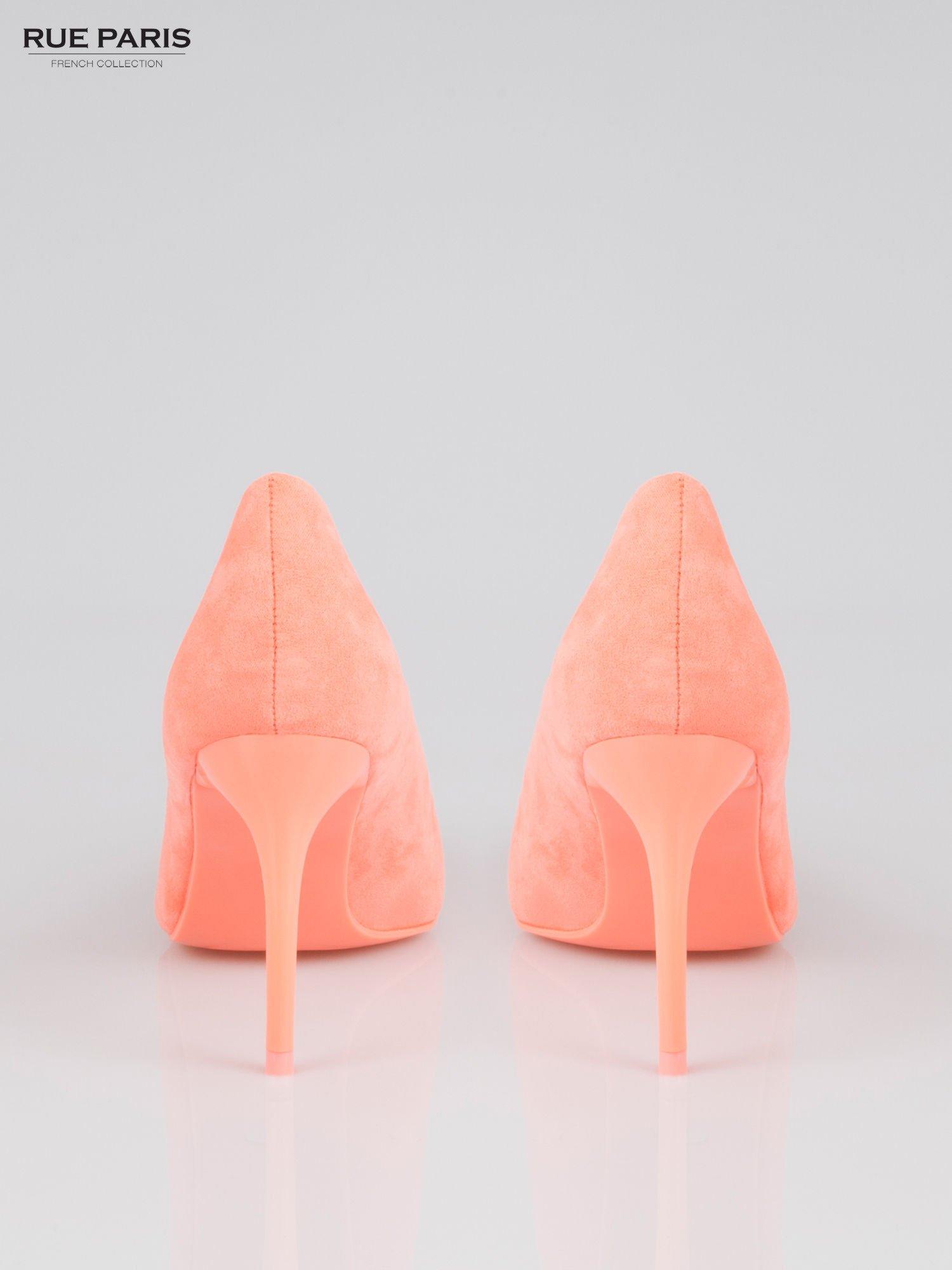 Pomarańczowe szpilki faux suede                                  zdj.                                  3