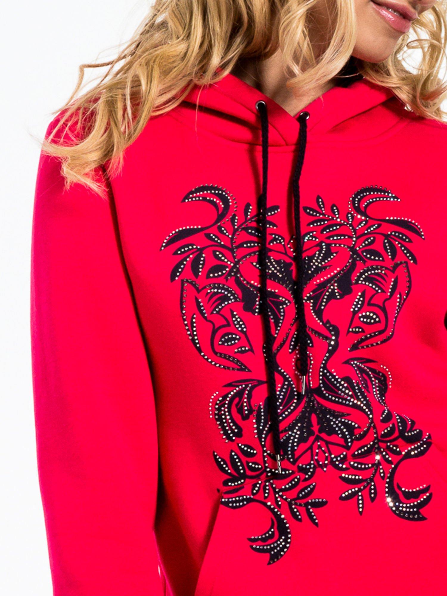 Różowa bluza sportowa z kapturem i dżetami                                  zdj.                                  5