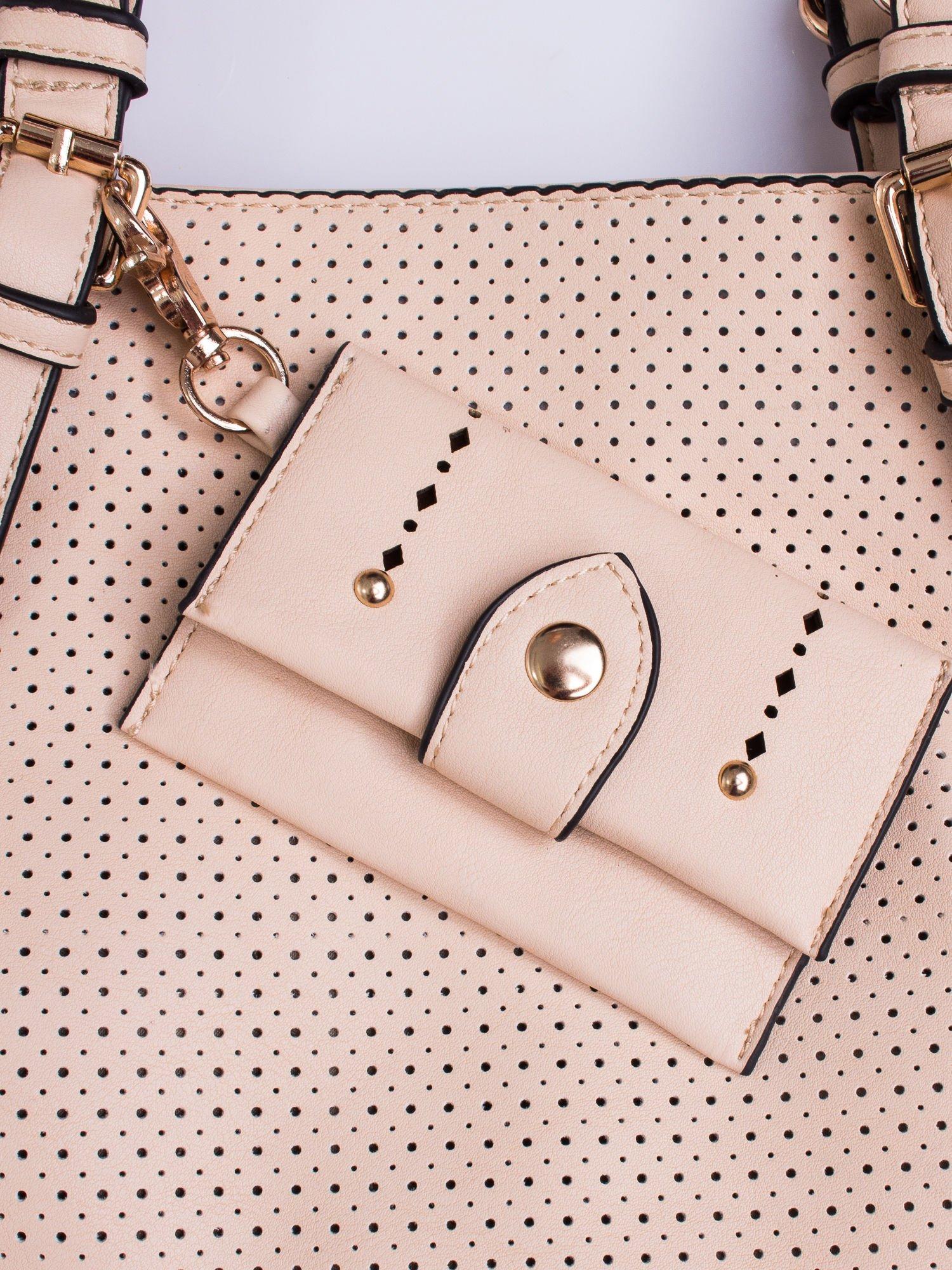 Różowa dziurkowana torba shopper z portfelem                                  zdj.                                  5