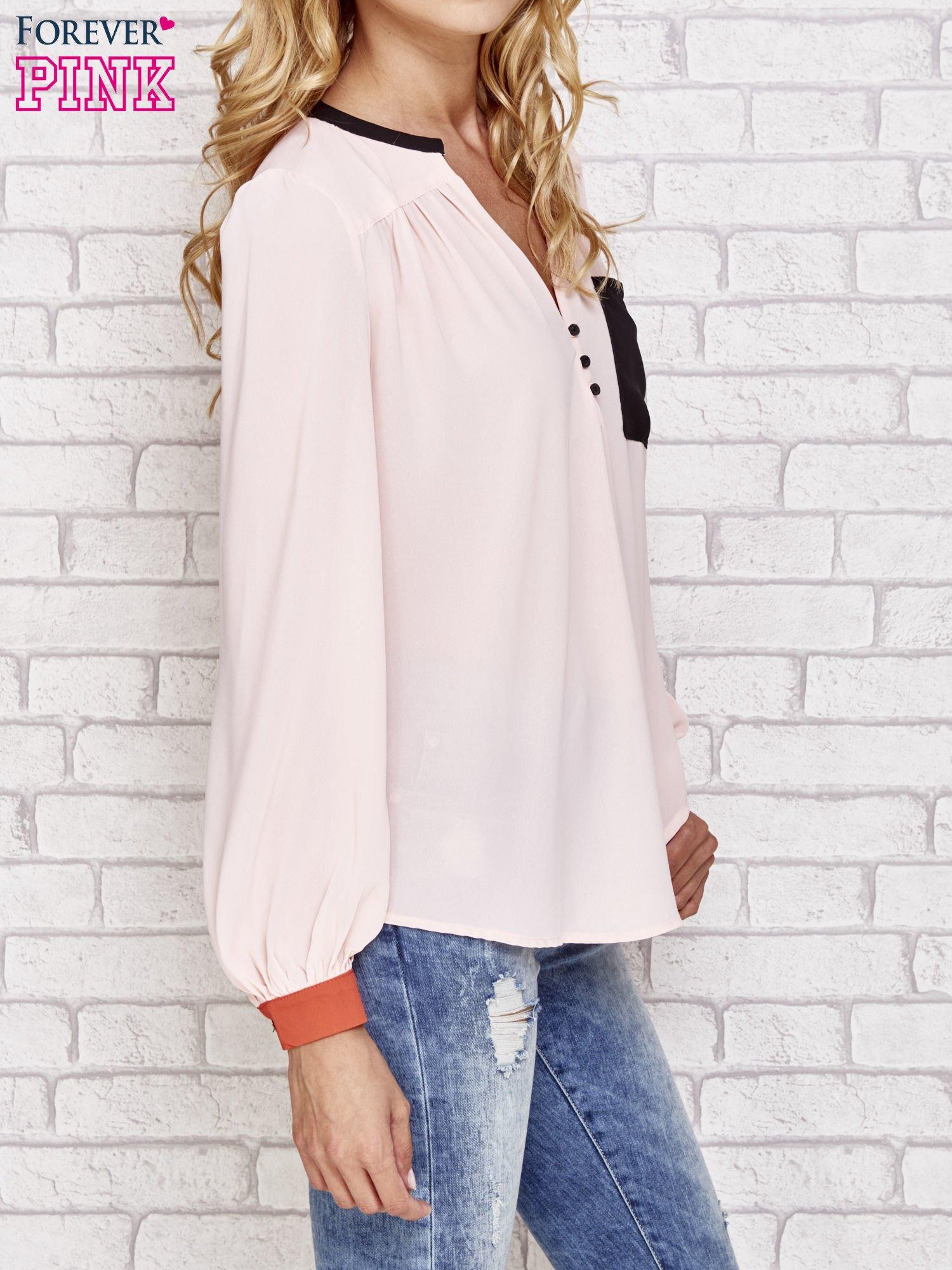 Różowa koszula z kontrastową kieszenią i mankietami                                  zdj.                                  3