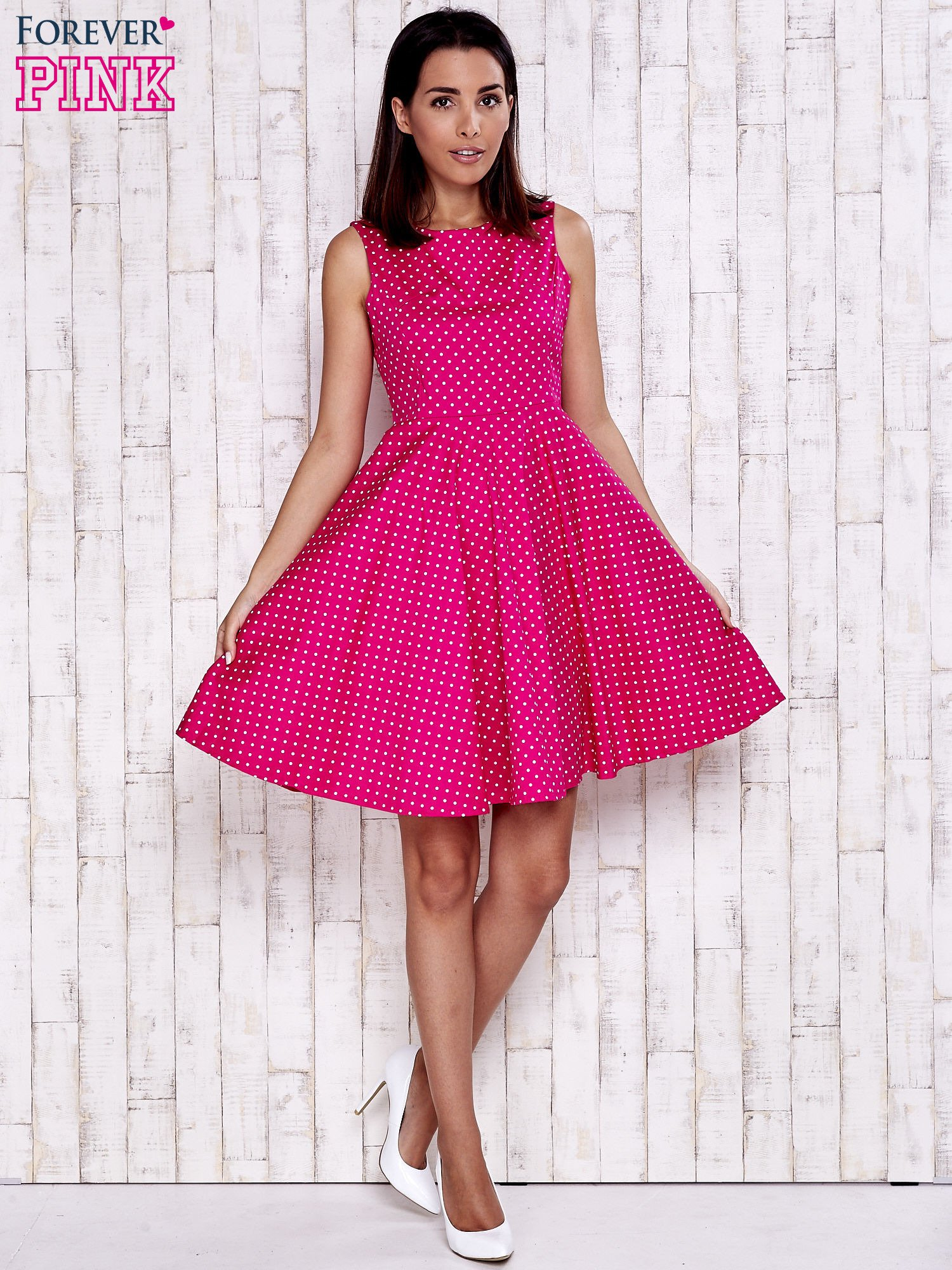 Różowa rozkloszowana sukienka w groszki                                  zdj.                                  2