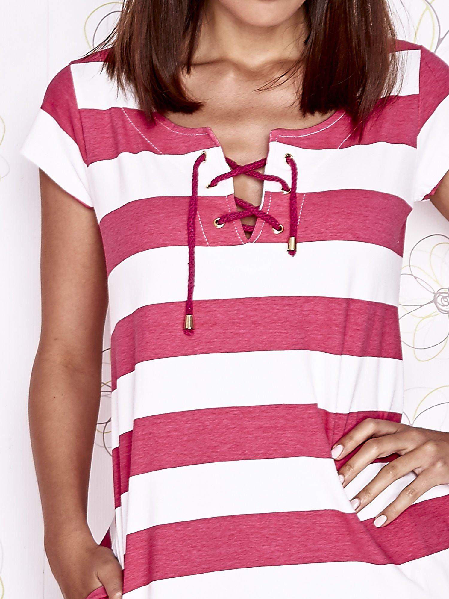 Różowa sukienka w paski ze sznurowanym dekoltem                                  zdj.                                  6