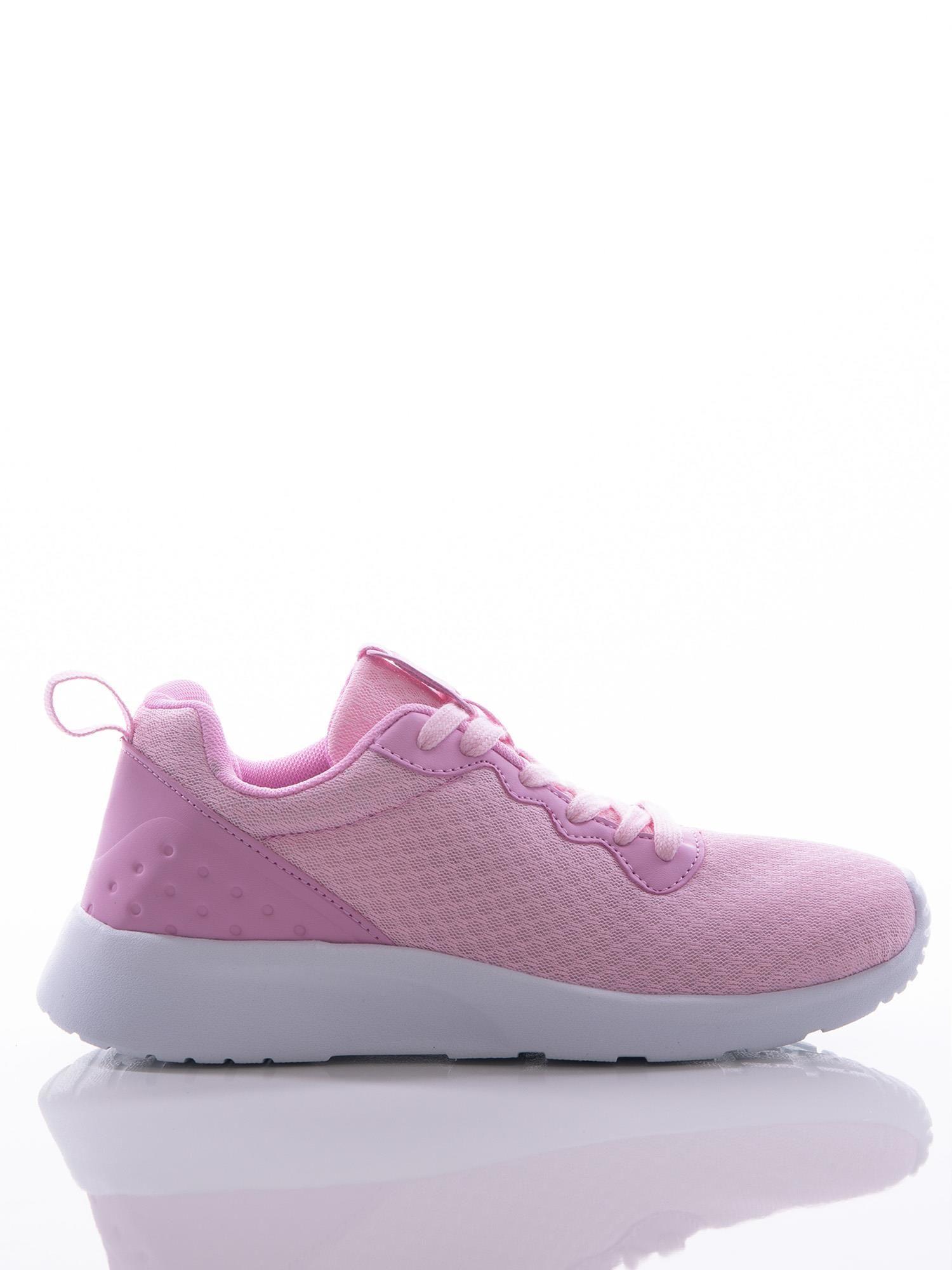 edf5ccef9ac2a5 Różowe buty sportowe na sprężystej podeszwie z ciemniejszą wstawką na pięcie  ...