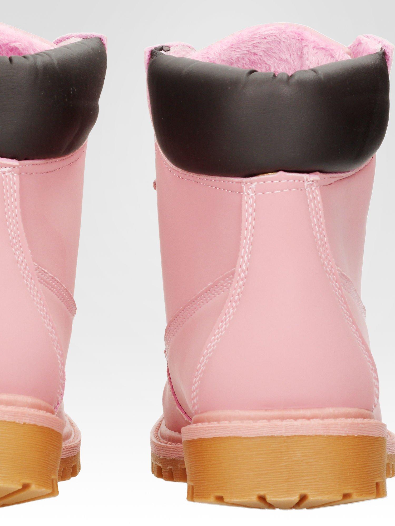 Różowe ocieplane traperki damskie z kontrastowym kołnierzem                                  zdj.                                  7