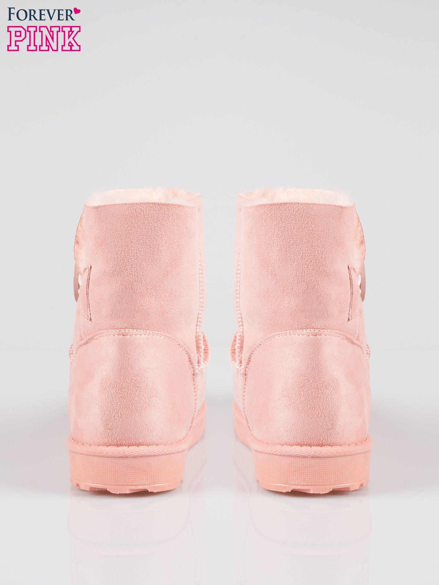 Różowe śniegowce damskie zapinane na guzik                                  zdj.                                  3
