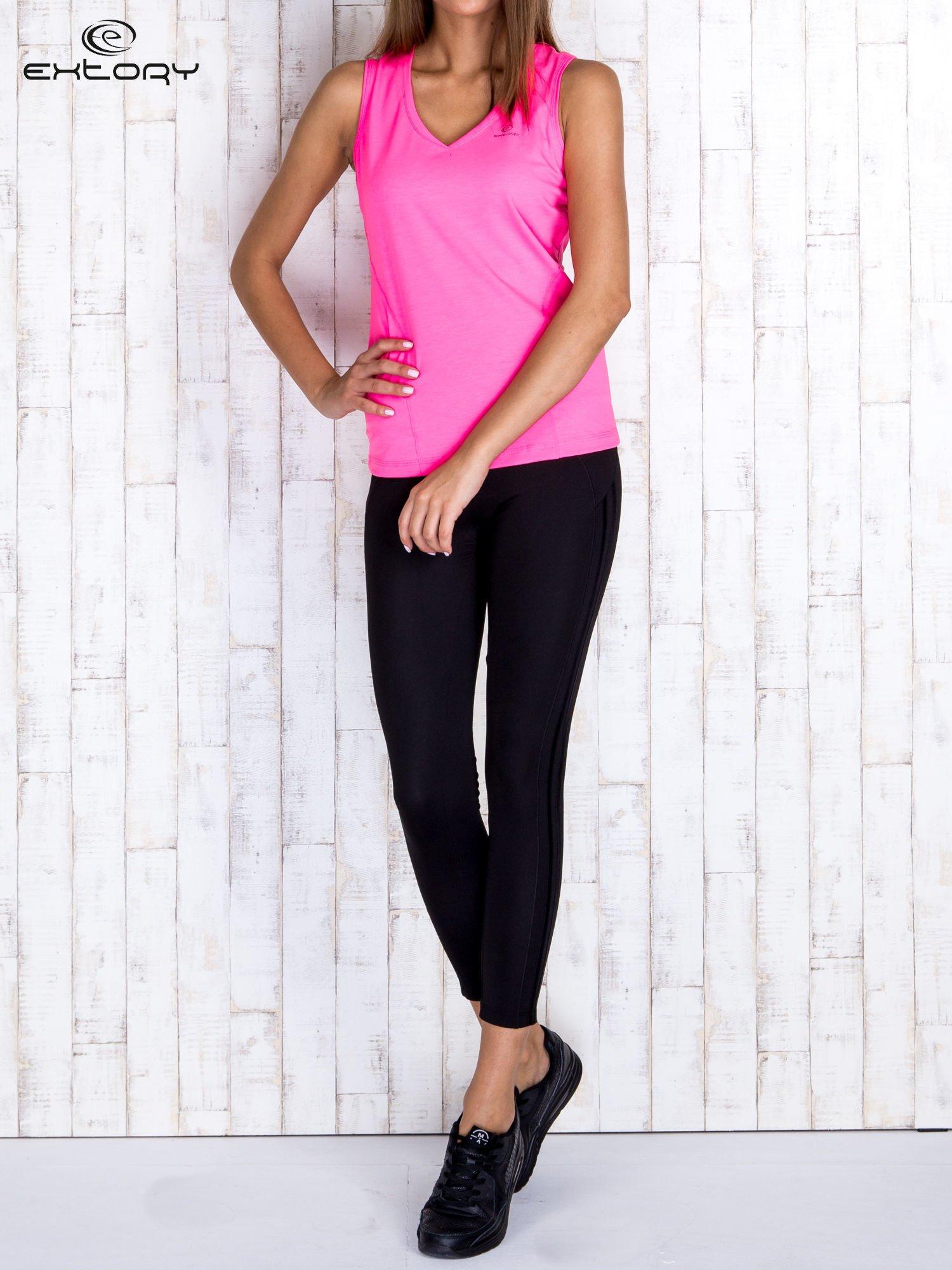 Różowy gładki sportowy top na szerokich ramiączkach                                  zdj.                                  4