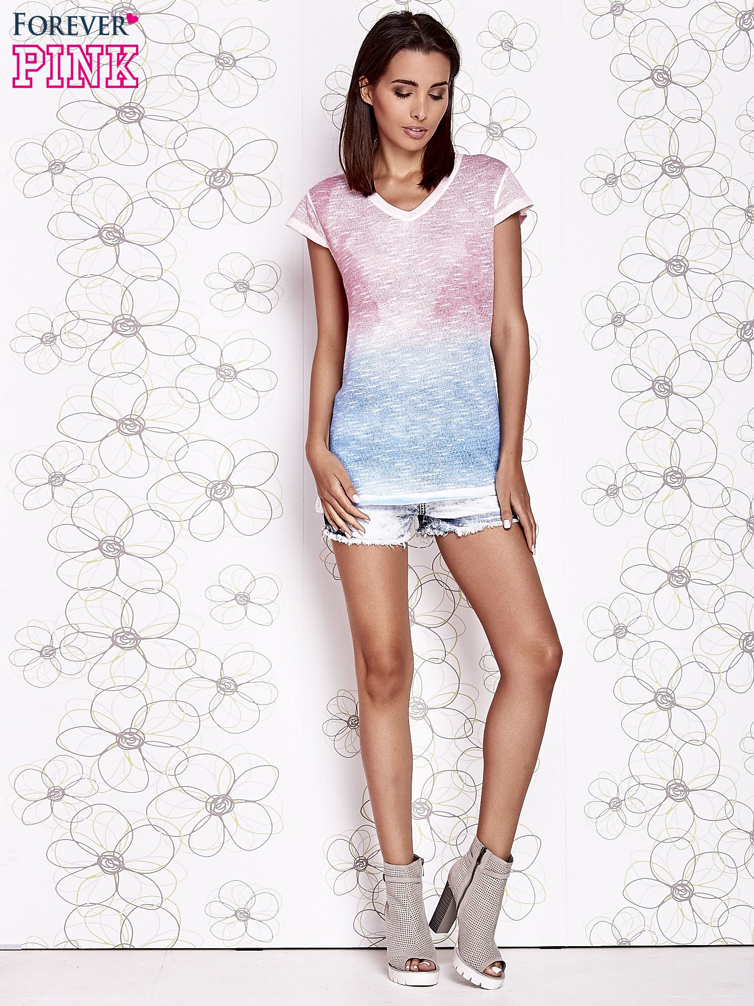 104bf07389 Różowy t-shirt z efektem jasnoniebieskiego ombre - T-shirt z ...