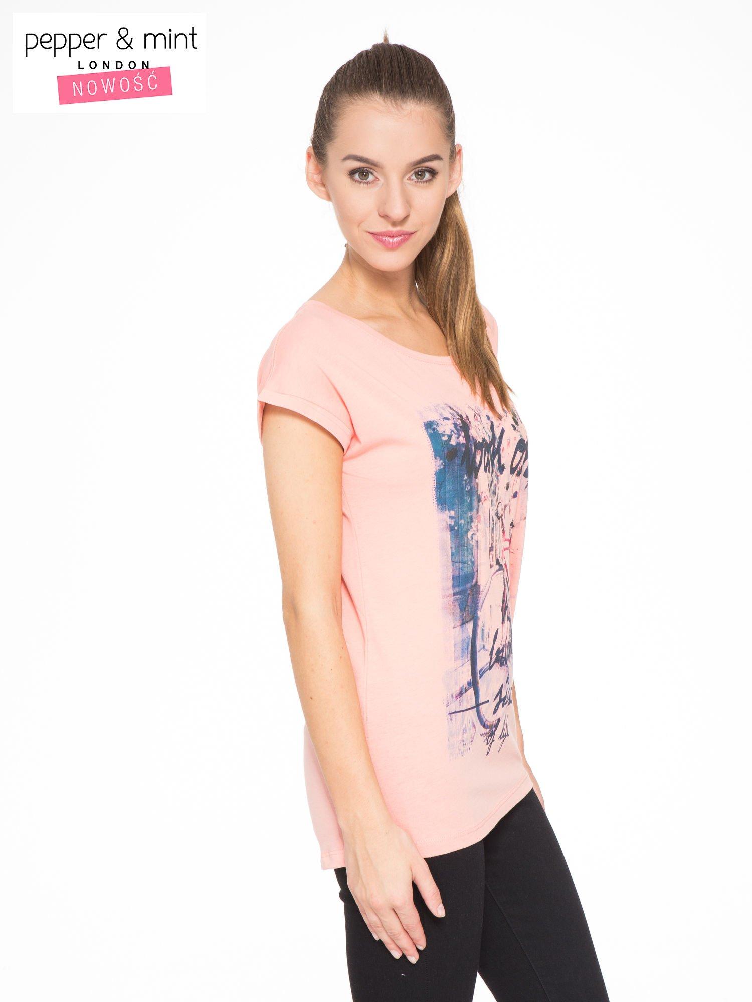 Różowy t-shirt z nadrukiem roweru                                  zdj.                                  2