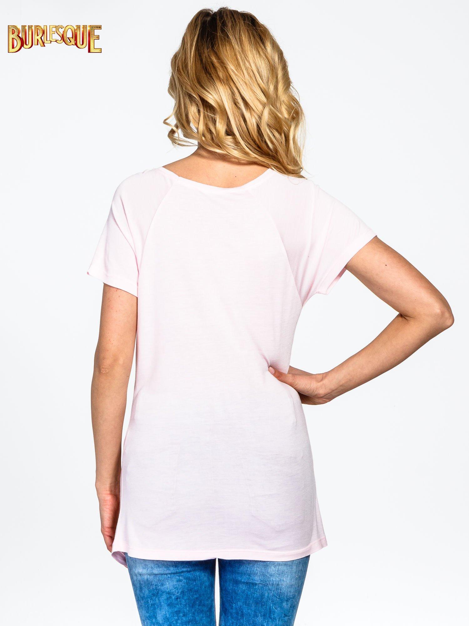 Różowy t-shirt z napisem GET OUT OF YOUR OWN WAY                                  zdj.                                  4