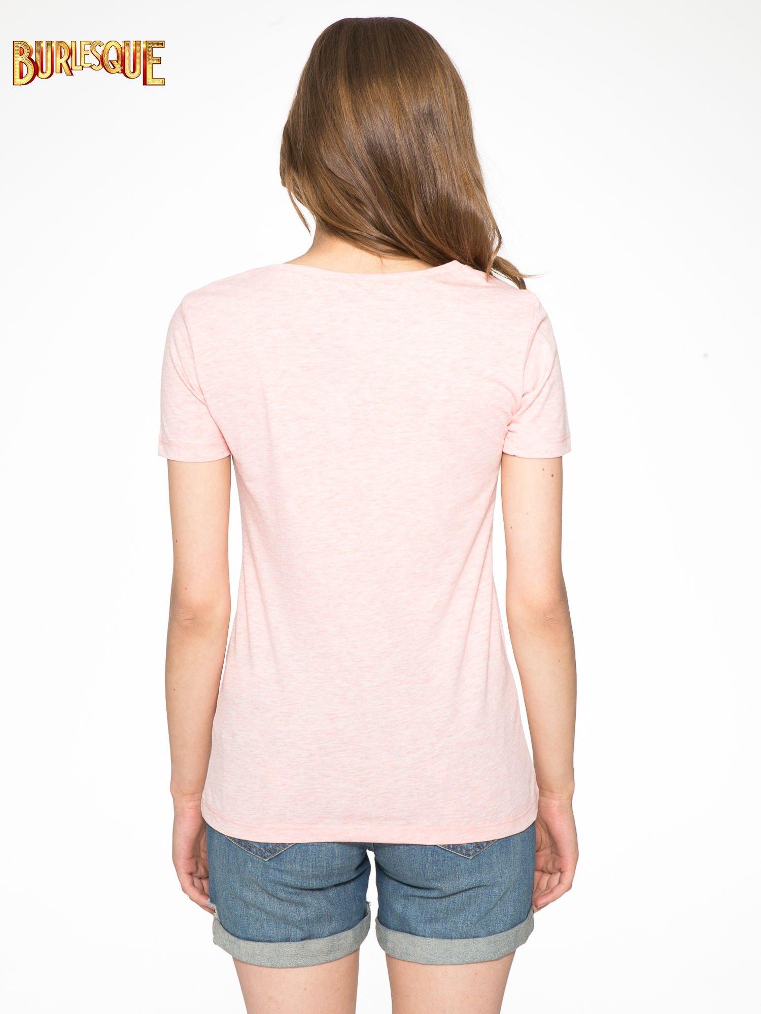 Różowy t-shirt z napisem THE FREAK IS CHIC                                  zdj.                                  4