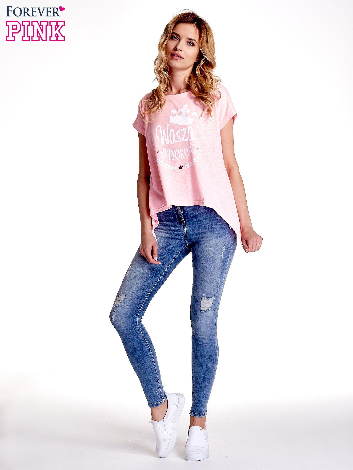 Różowy t-shirt z napisem WASZA WYSOKOŚĆ                                  zdj.                                  7