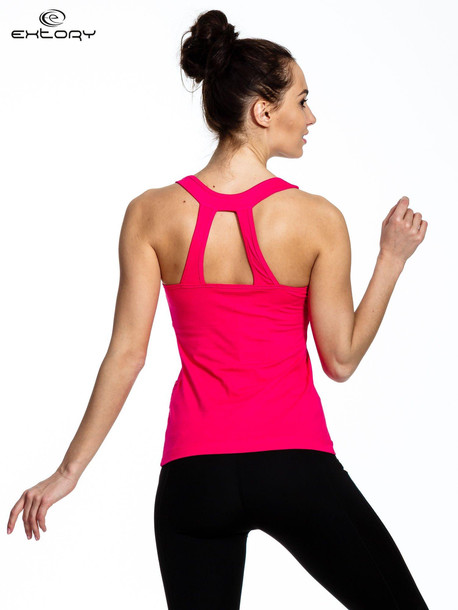 Różowy top sportowy z dekoltem na plecach                                  zdj.                                  3