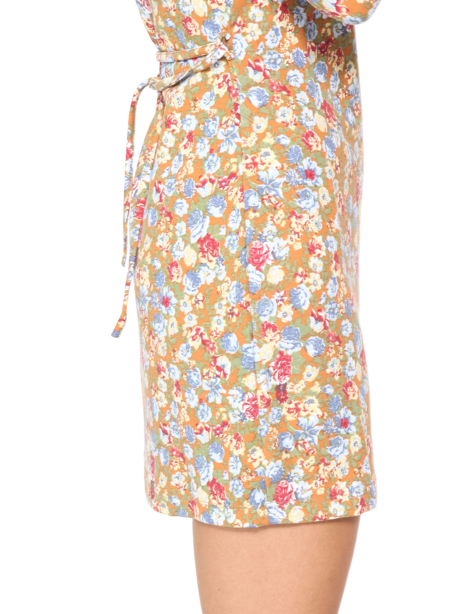 Sukienka w łączkę z marszczonymi rękawkami                                  zdj.                                  9
