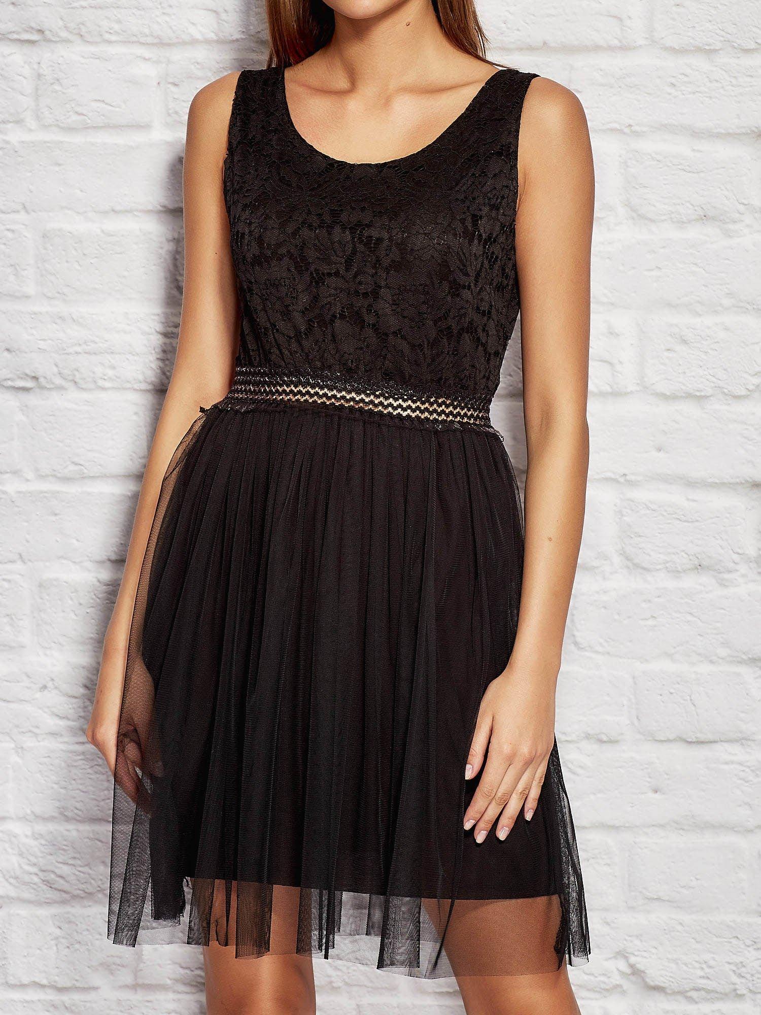 0ccbbb7f84 Sukienka wieczorowa z tiulową spódnicą czarna - Sukienka wieczorowa ...