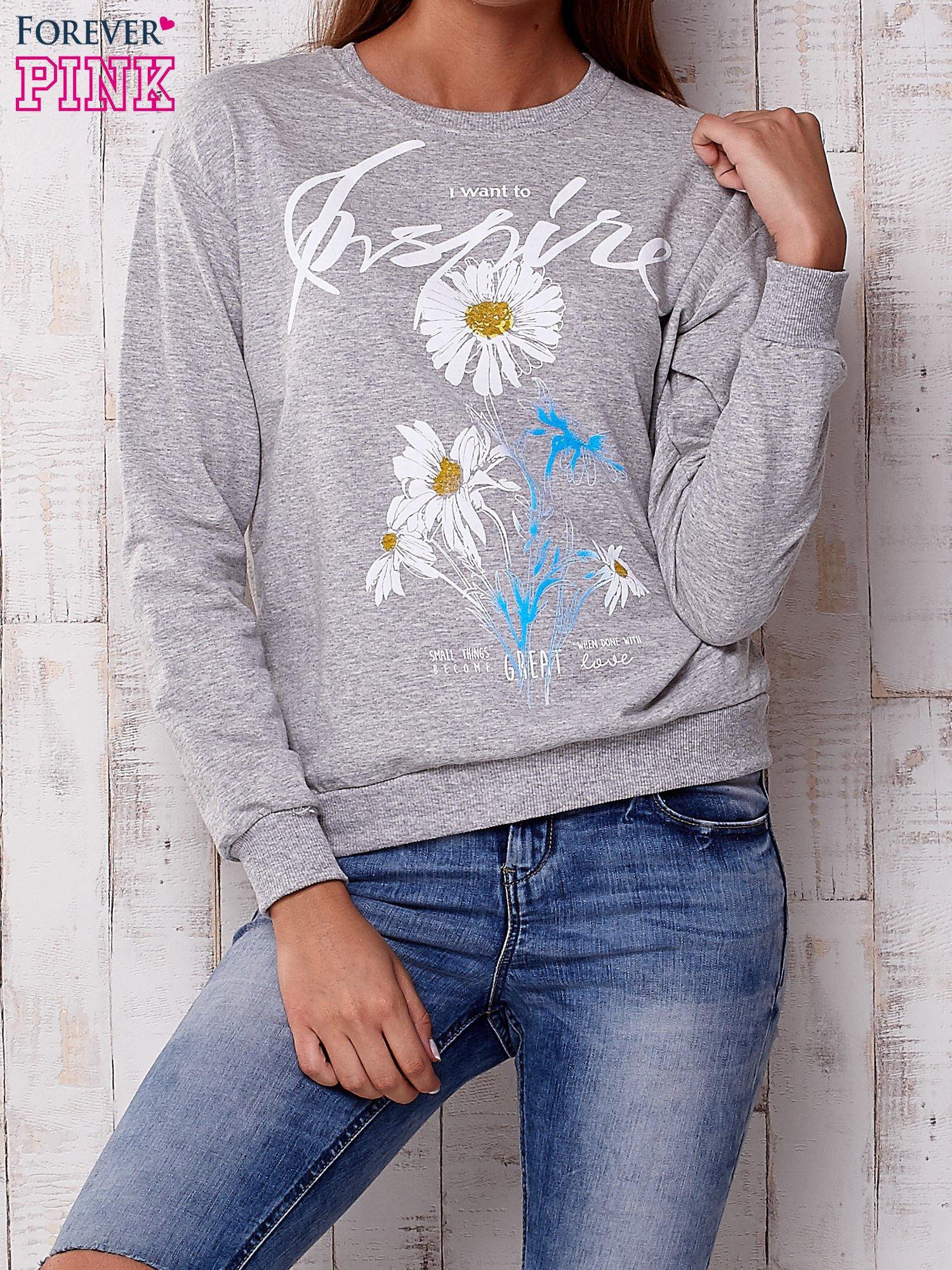 Szara bluza z nadrukiem kwiatowym i napisem                                  zdj.                                  1