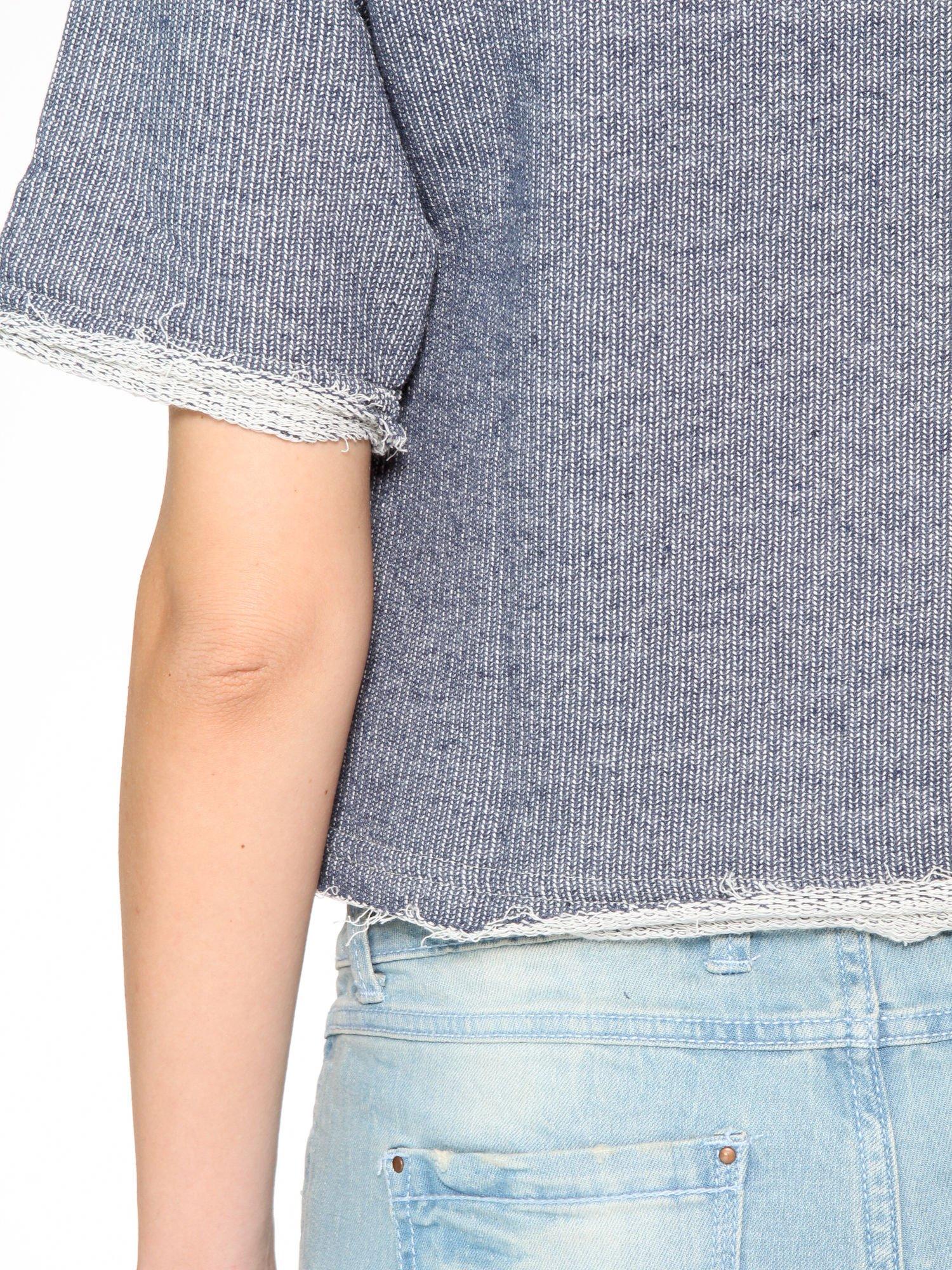 Szara bluzka typu cropped z napisem BOSTON                                  zdj.                                  6