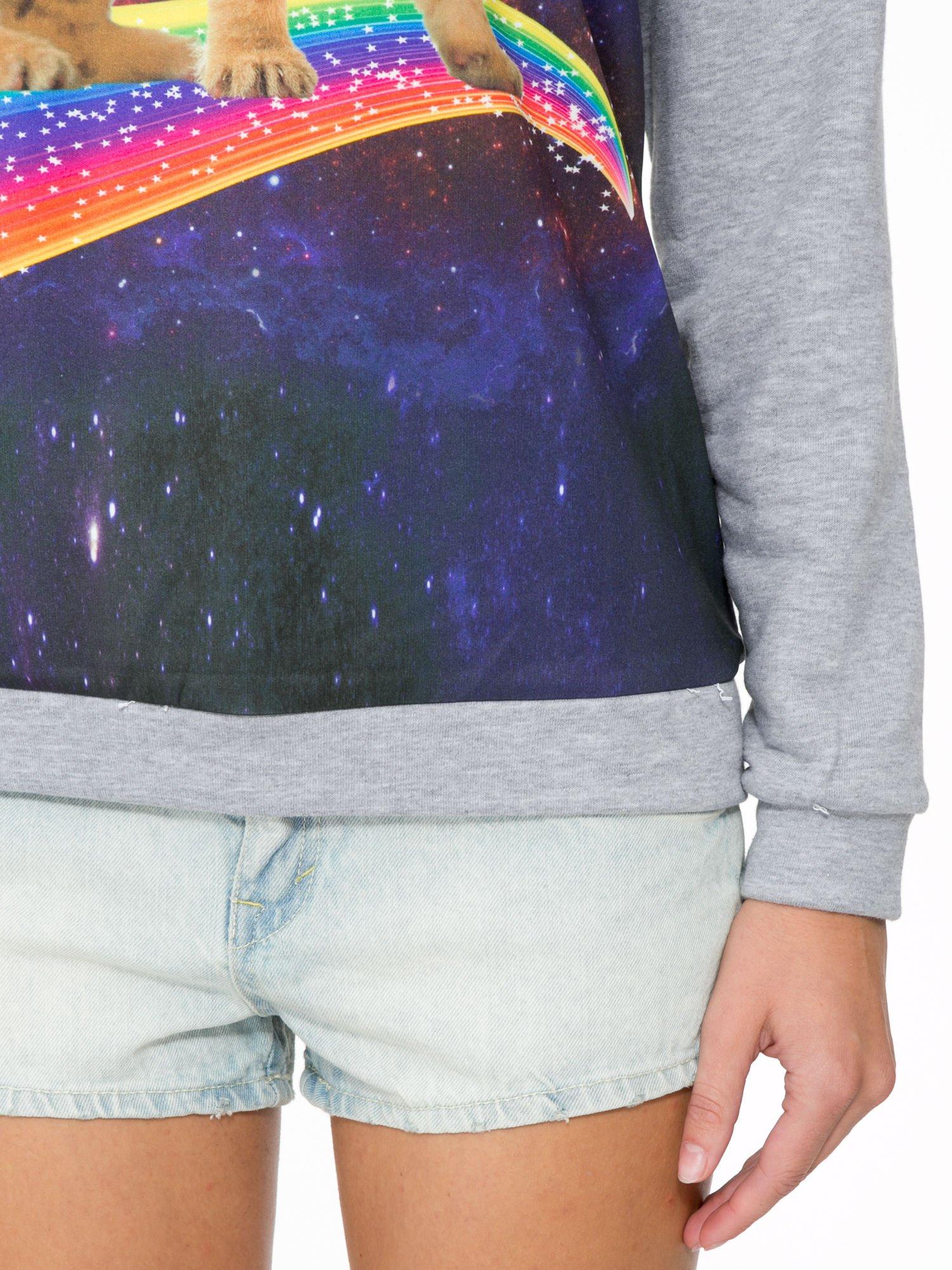 Szara dresowa bluza z nadrukiem kota z motywem galaxy                                  zdj.                                  7