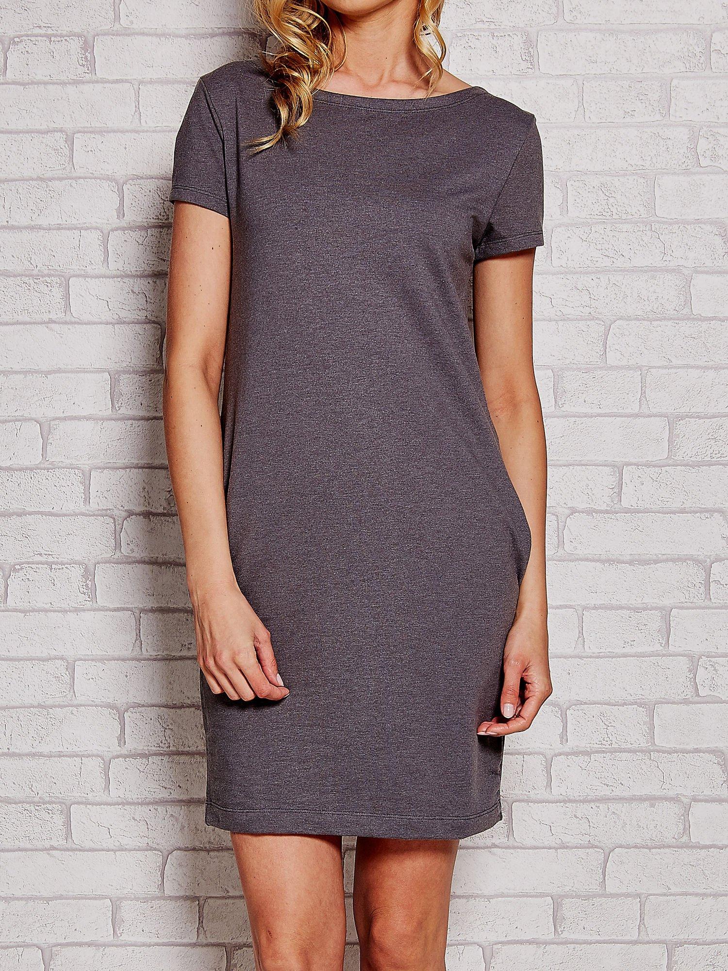 Szara sukienka dresowa z kieszeniami                                  zdj.                                  1