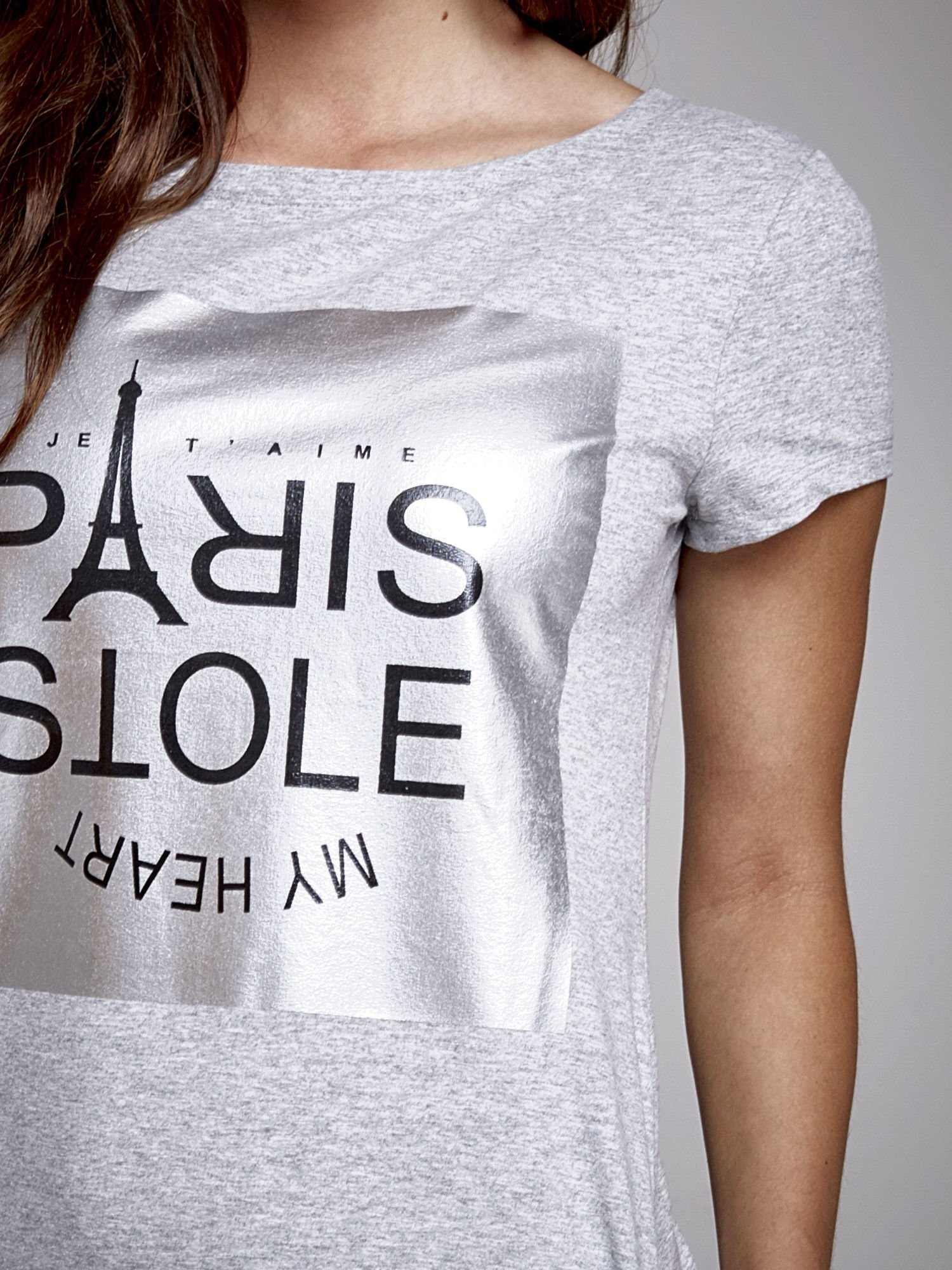 Szara sukienka dresowa ze srebrnym printem PARIS                                  zdj.                                  5