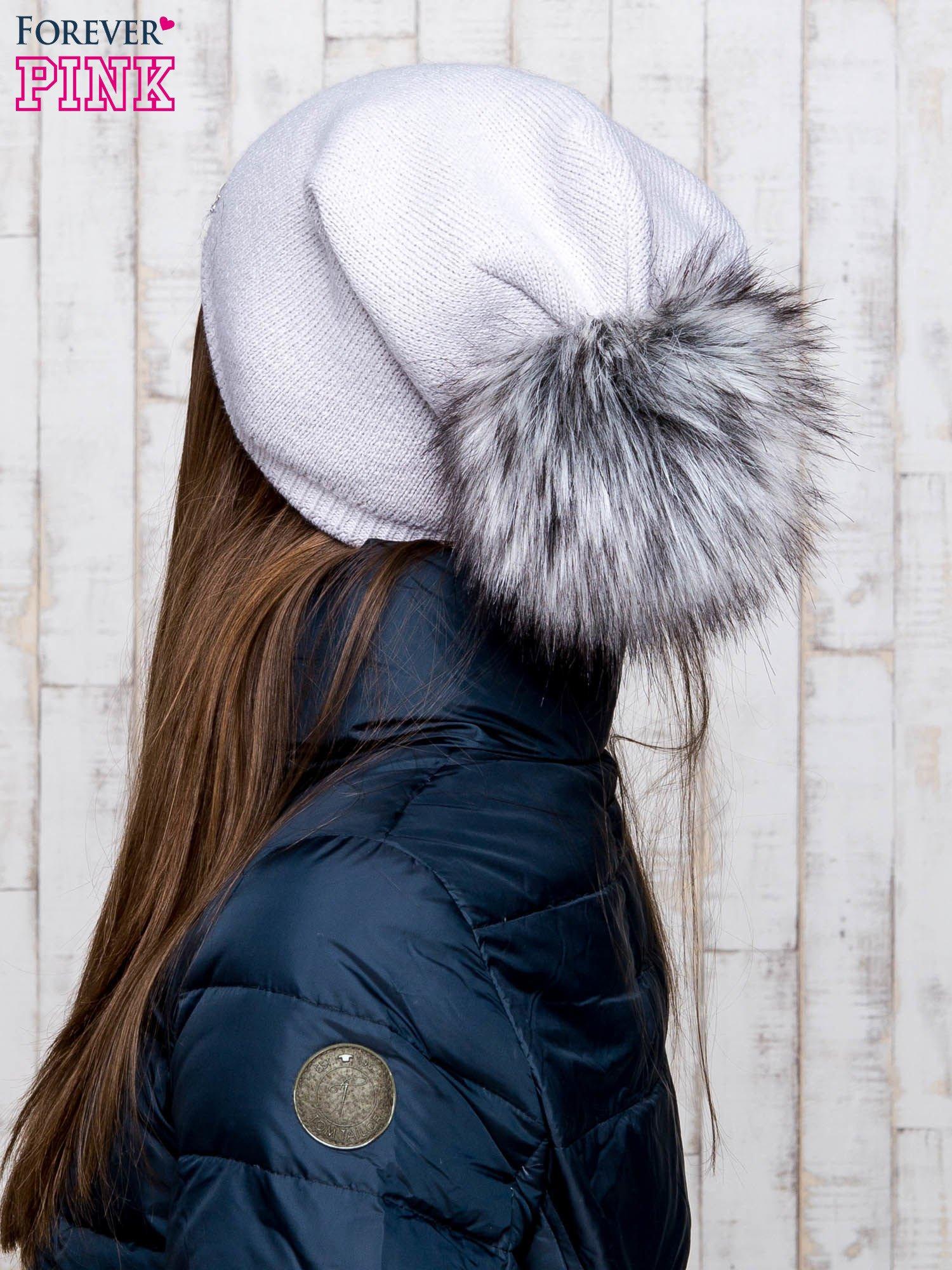 Szara wełniana czapka z futrzanym pomponem                                   zdj.                                  3