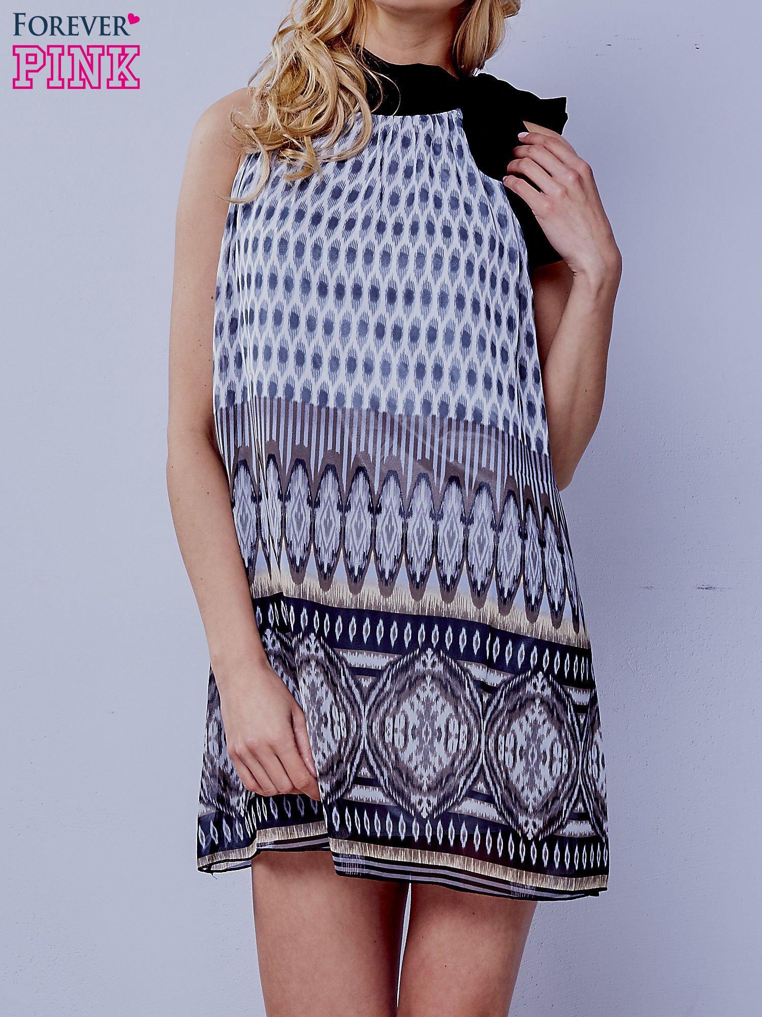 Szara wzorzysta sukienka wiązana na szyi na wstążkę                                  zdj.                                  1