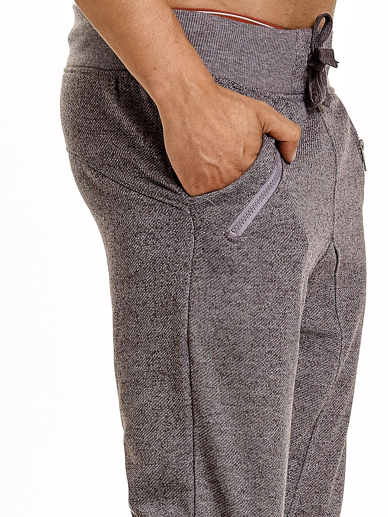 Szare melanżowe spodnie męskie z zasuwanymi kieszeniami                                  zdj.                                  7