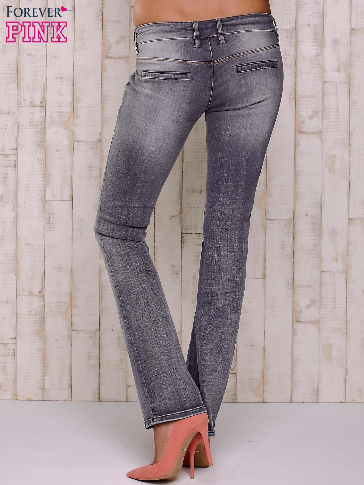 Szare przecierane spodnie ze stretchem                                  zdj.                                  2