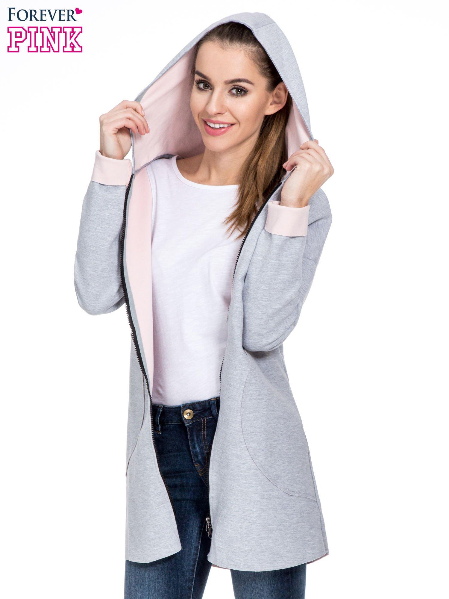 Szary dresowy płaszcz oversize z różową podszewką                                  zdj.                                  5