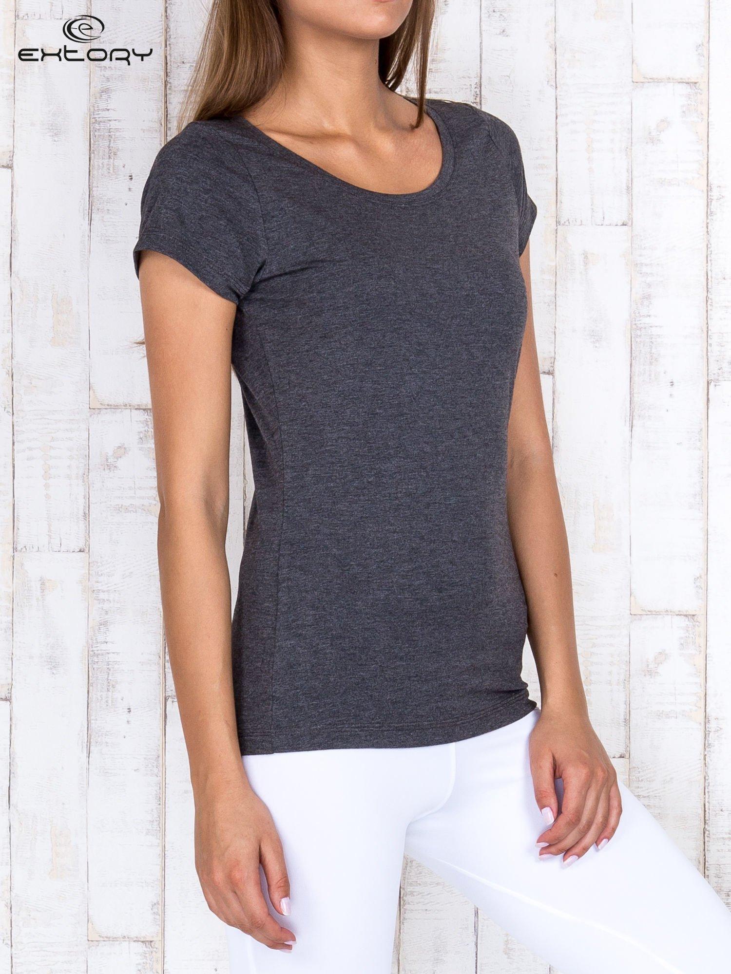 Szary melanżowy damski t-shirt sportowy basic PLUS SIZE                                  zdj.                                  3