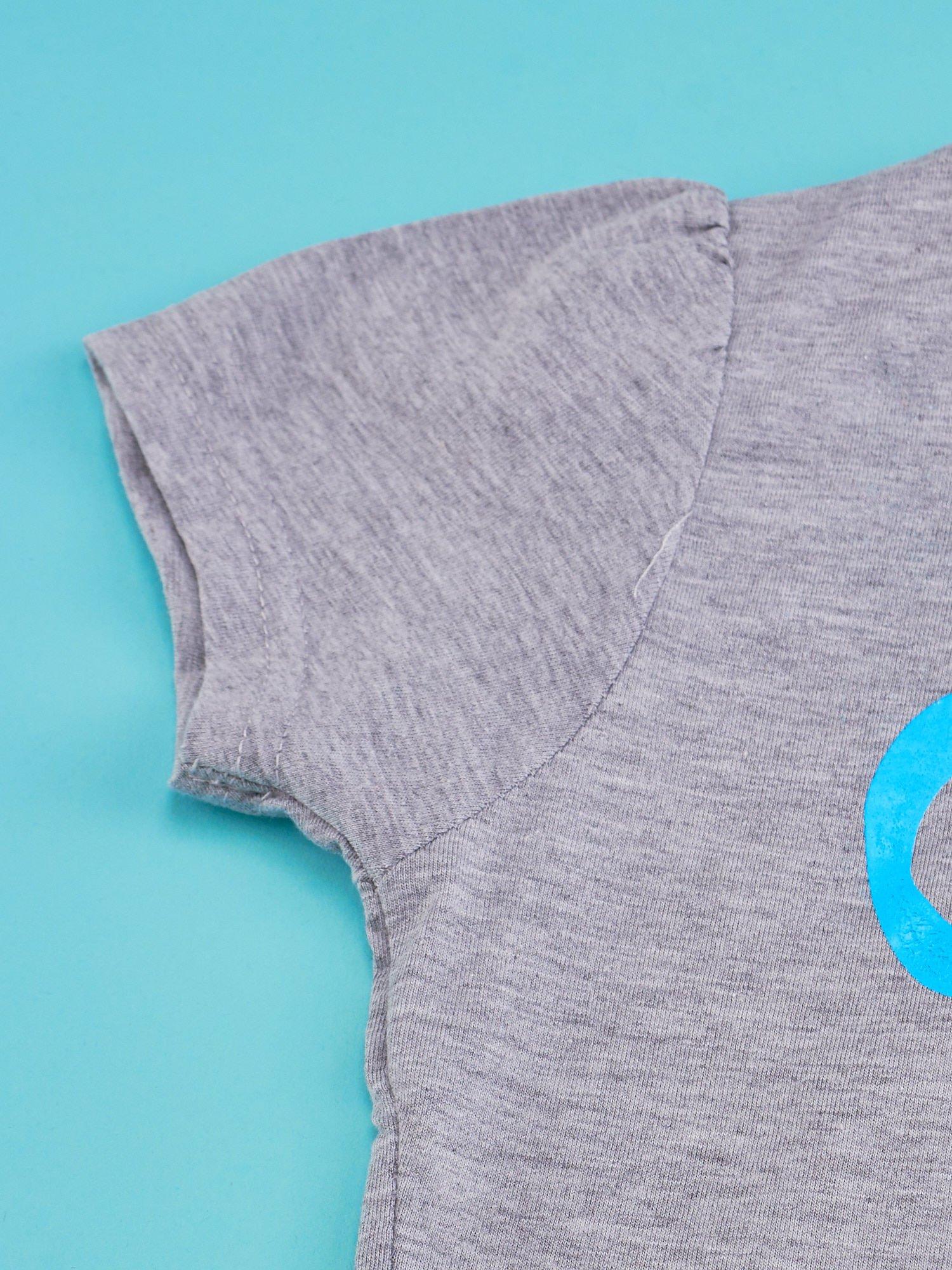 Szary t-shirt dla dziewczynki HELLO KITTY z napisem GET YOUR NERD ON                                  zdj.                                  3