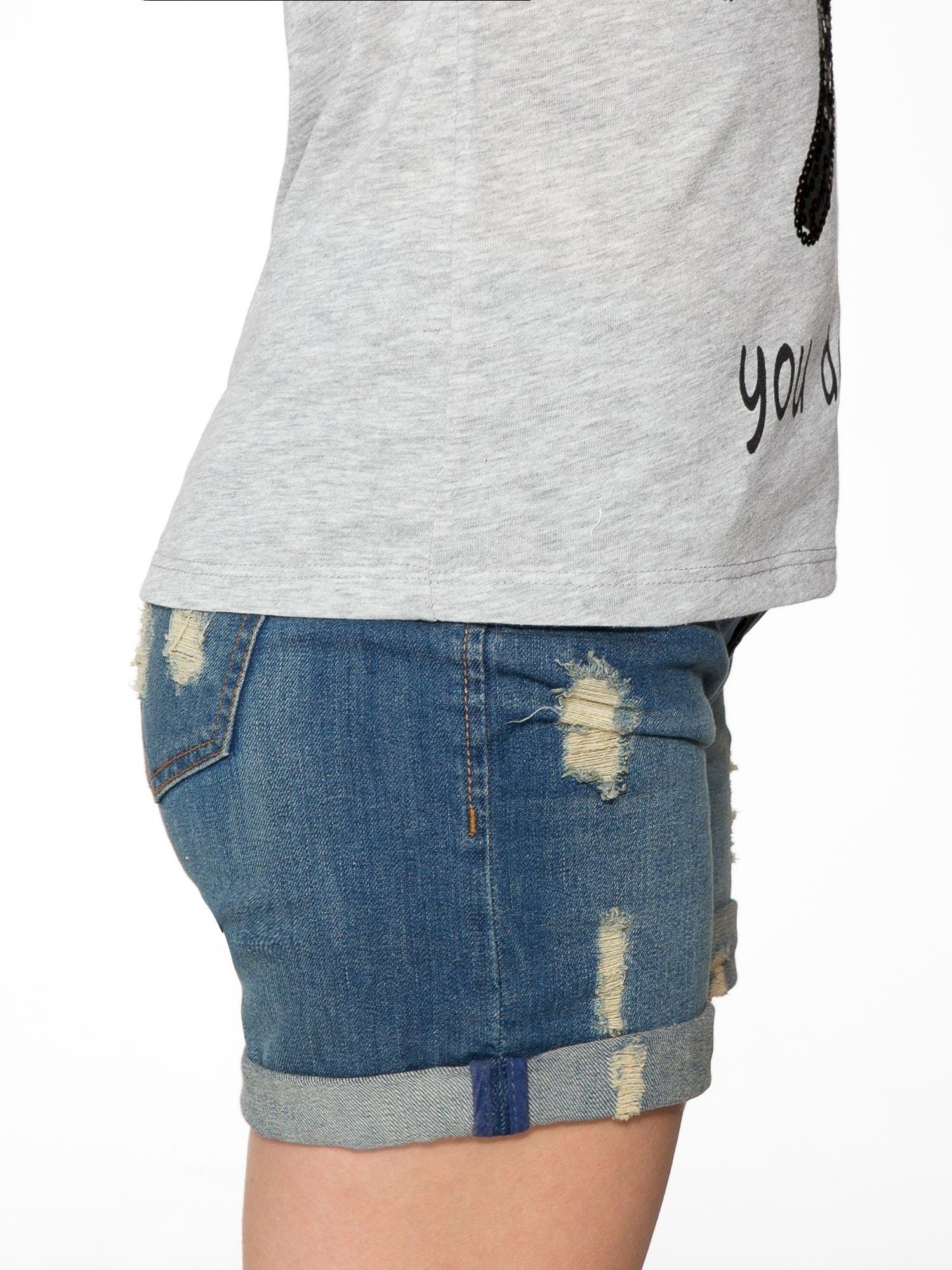 Szary t-shirt z napisem YOU DECIDE i cekinami                                  zdj.                                  9