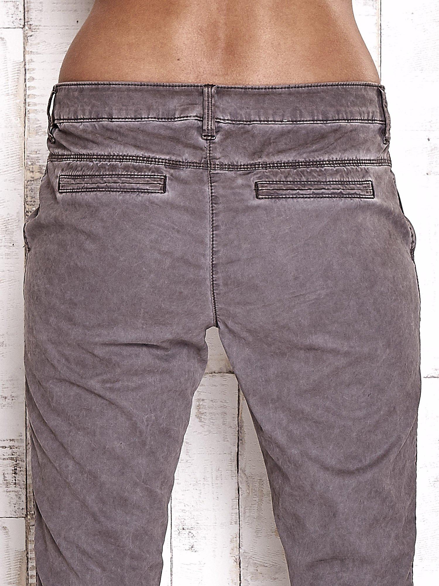 TOM TAILOR Ciemnoszare spodnie chinosy z troczkiem                                  zdj.                                  6
