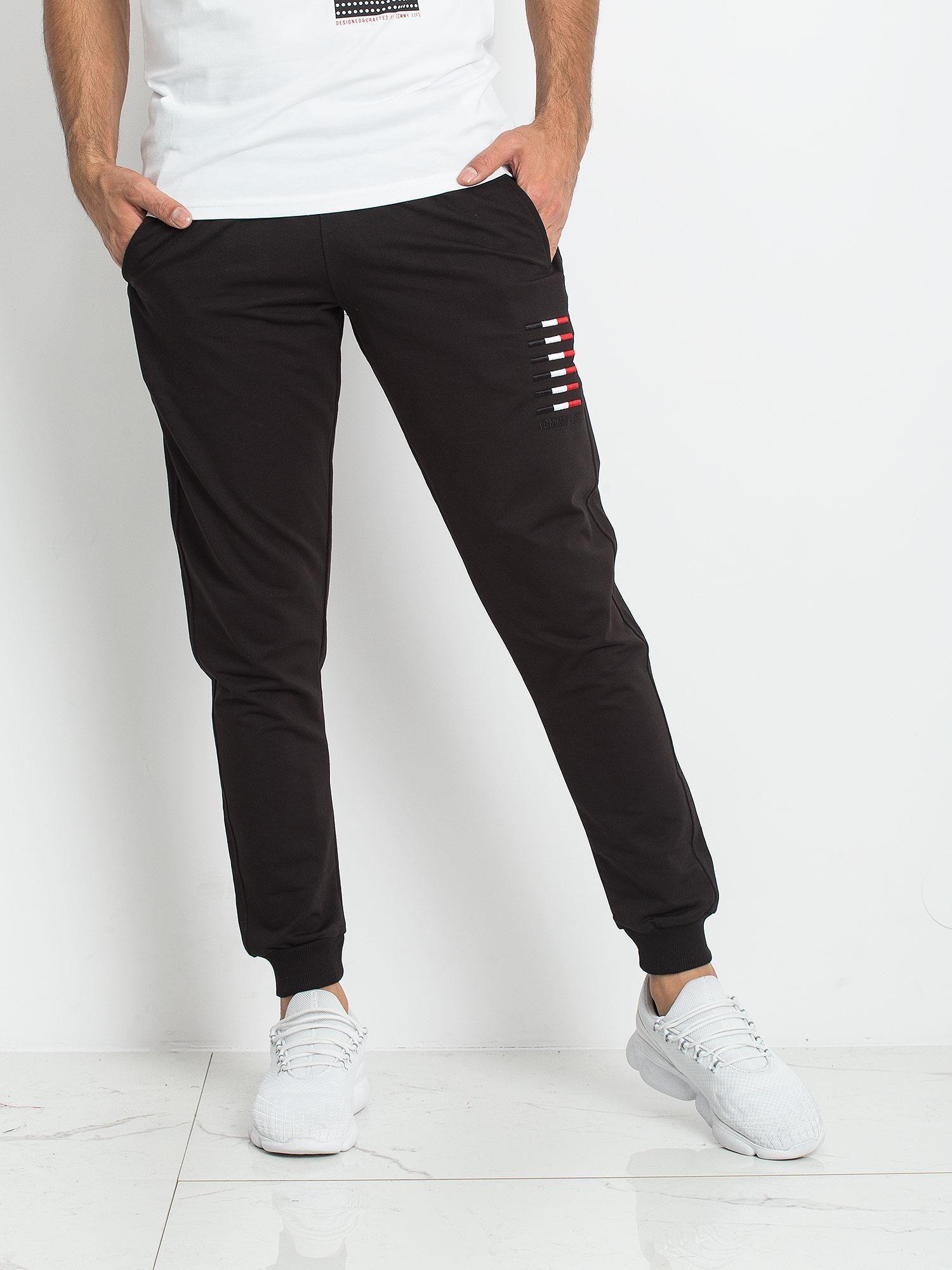 7d7788602cd890 TOMMY LIFE Czarne dresy męskie - Mężczyźni Spodnie dresowe męskie ...