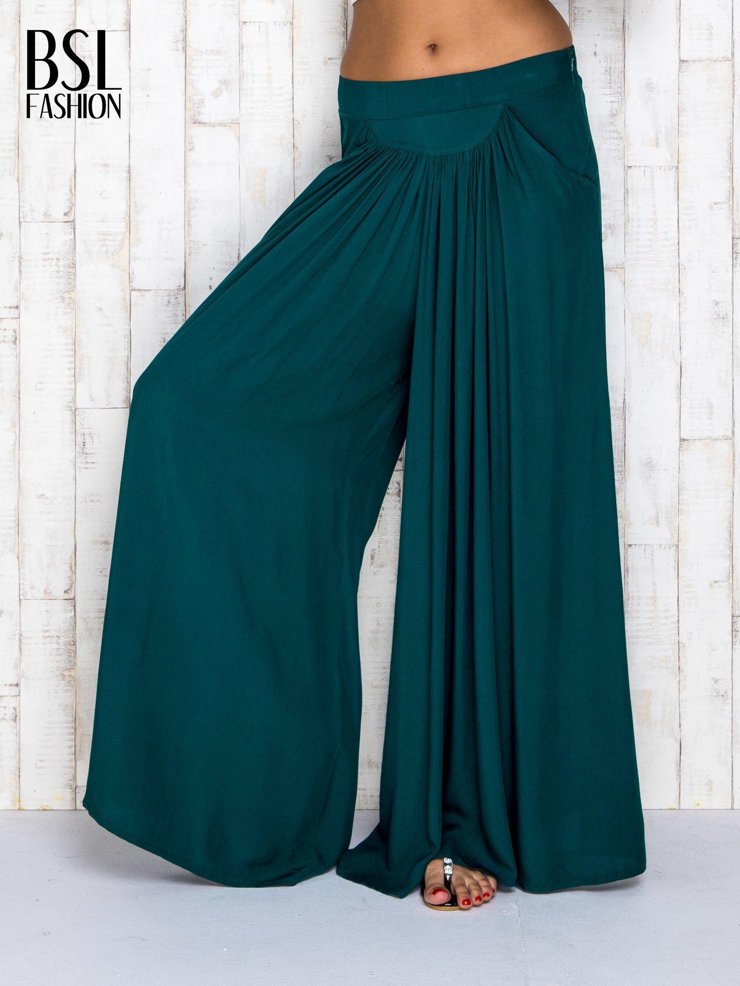 Zielone zwiewne spodnie typu culottes                                  zdj.                                  1
