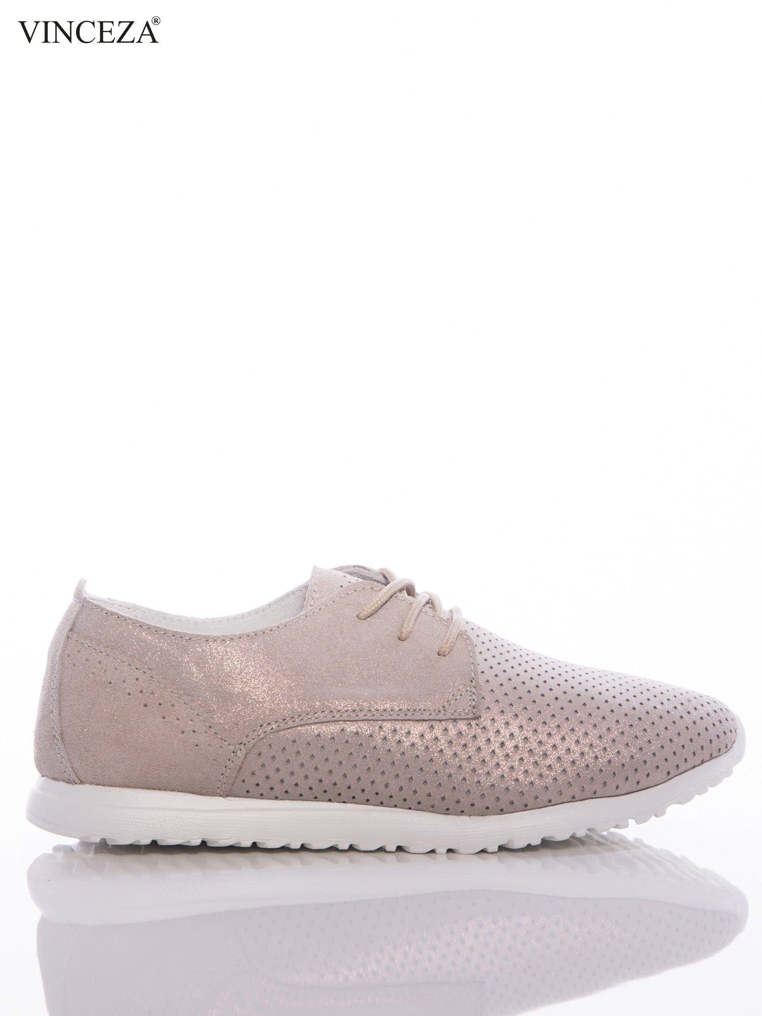 32982b2633773 Złote buty sportowe ze skóry Vinceza z opalizującym efektem, na sprężystej  podeszwie ...