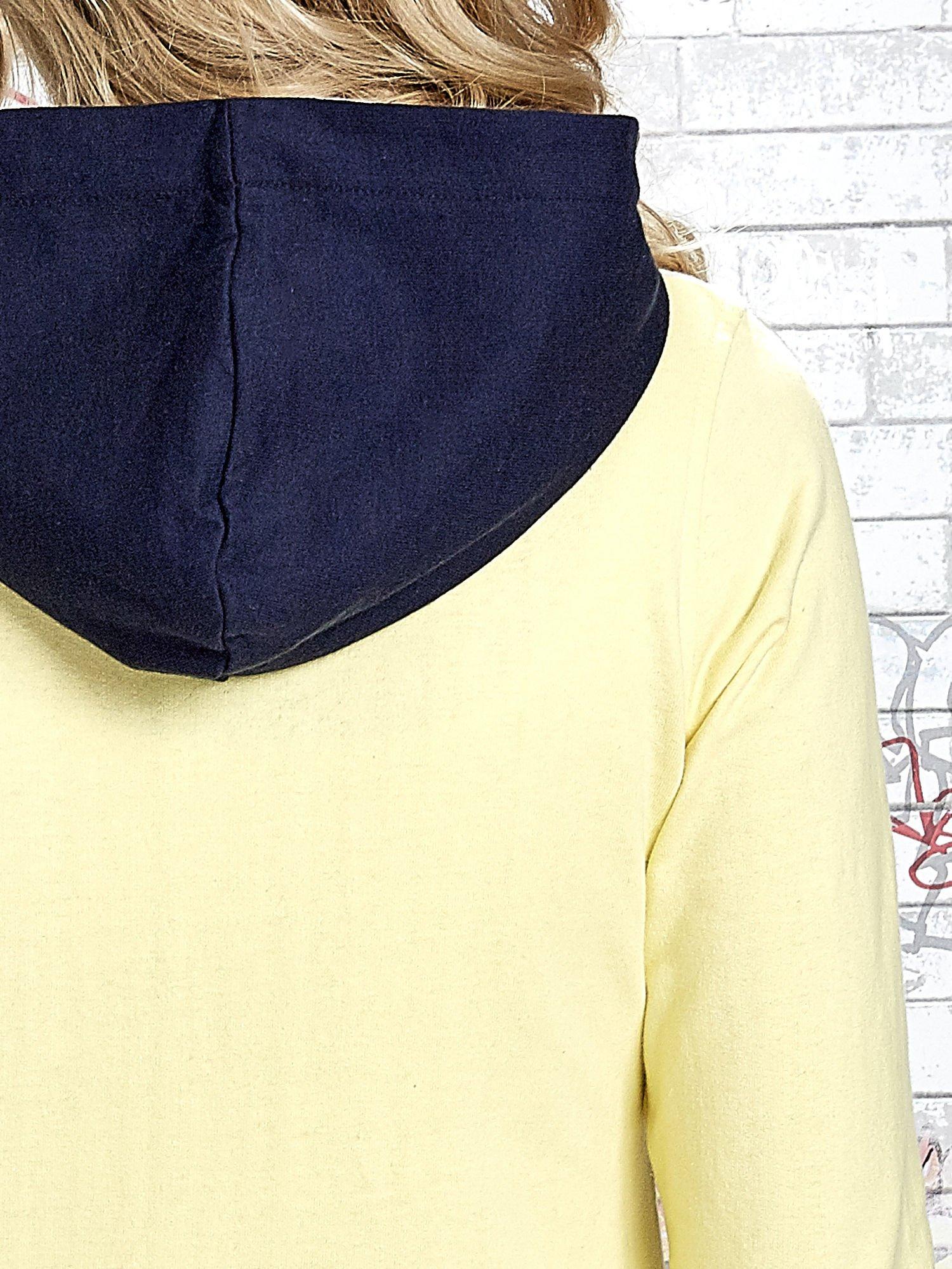 Żółta bluza z granatowymi wstawkami                                  zdj.                                  8