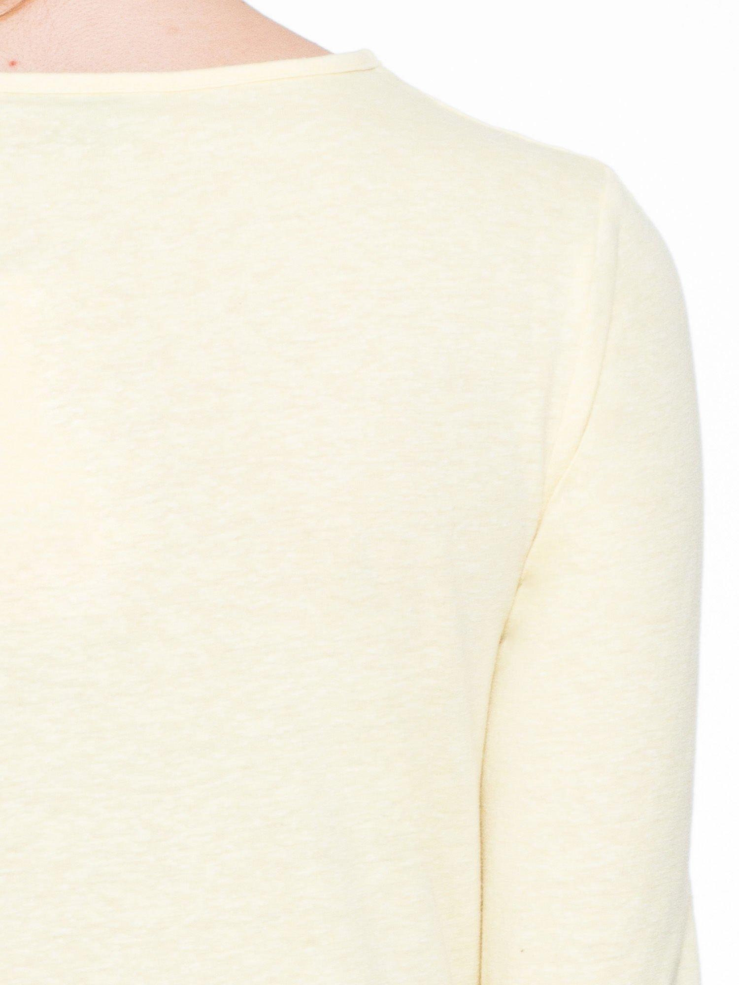 Żółta gładka bluzka z dłuższym tyłem                                  zdj.                                  7