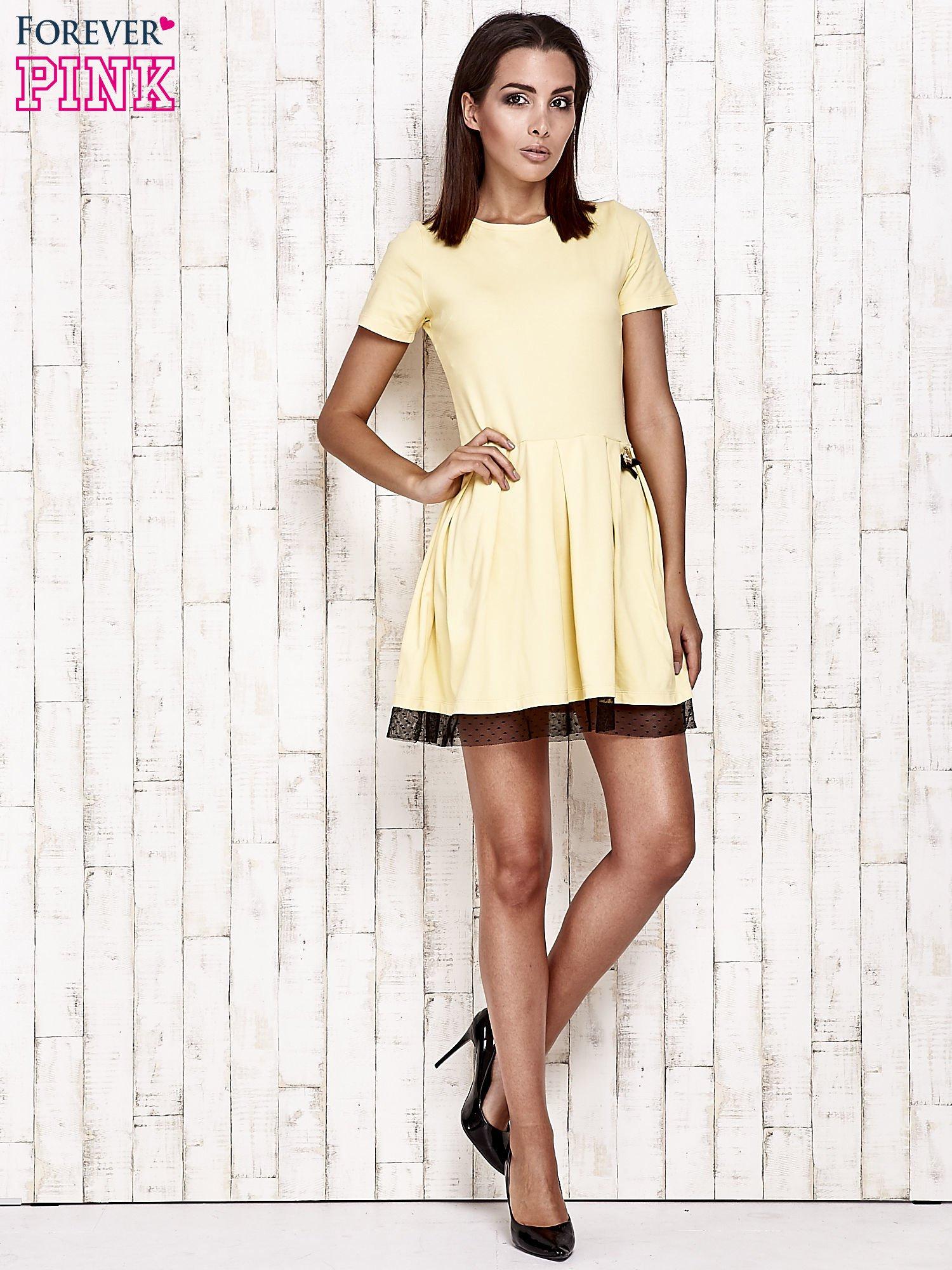 Żółta sukienka dresowa z tiulem w groszki                                  zdj.                                  2