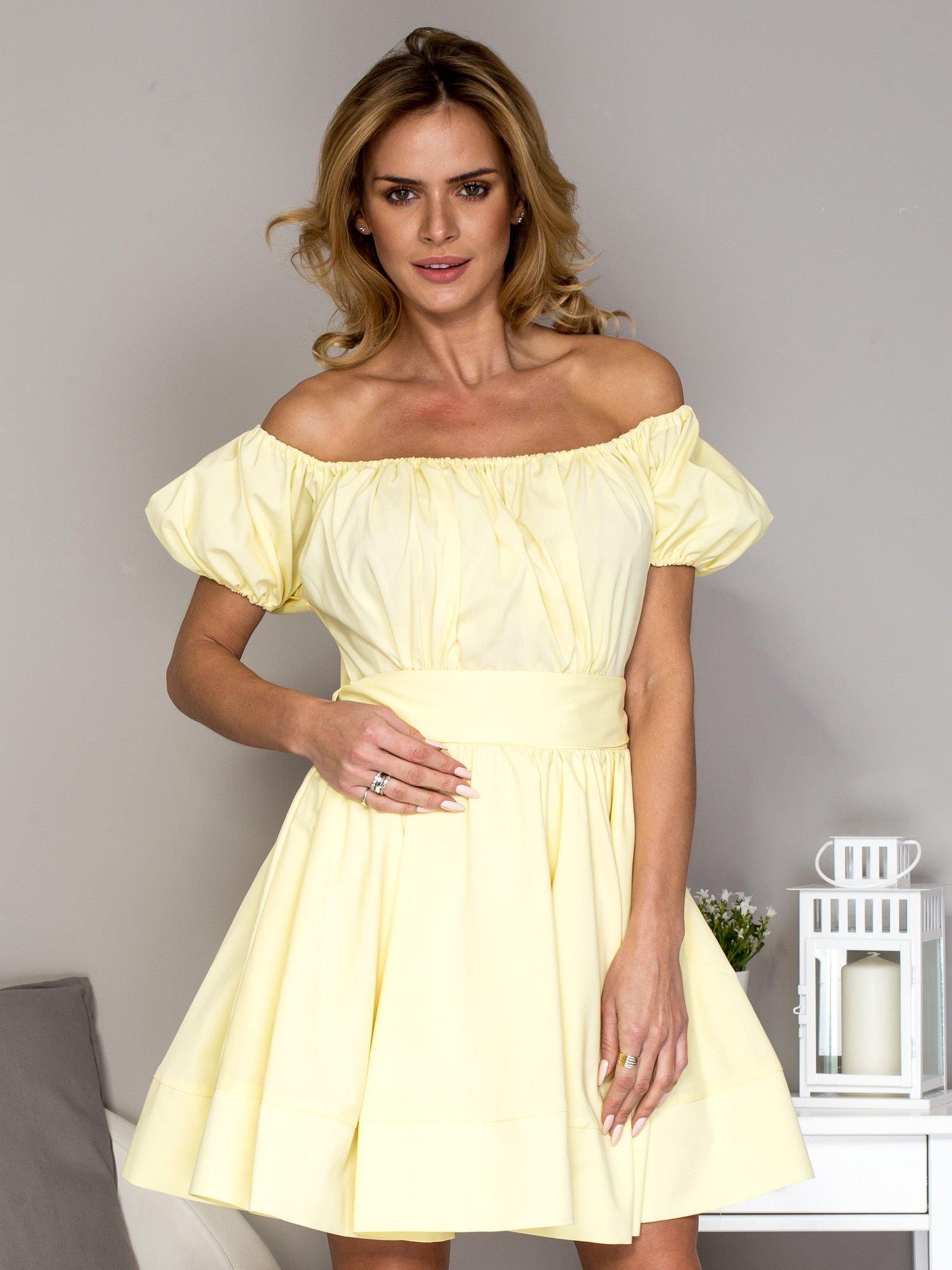 fff16a5967 Żółta sukienka z rozkloszowaną spódnicą - Sukienka koktajlowa ...