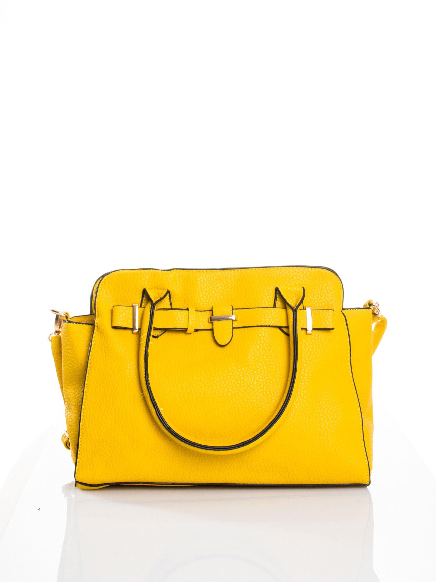 Żółta torba z klamrami z odpinanym paskiem                                  zdj.                                  1