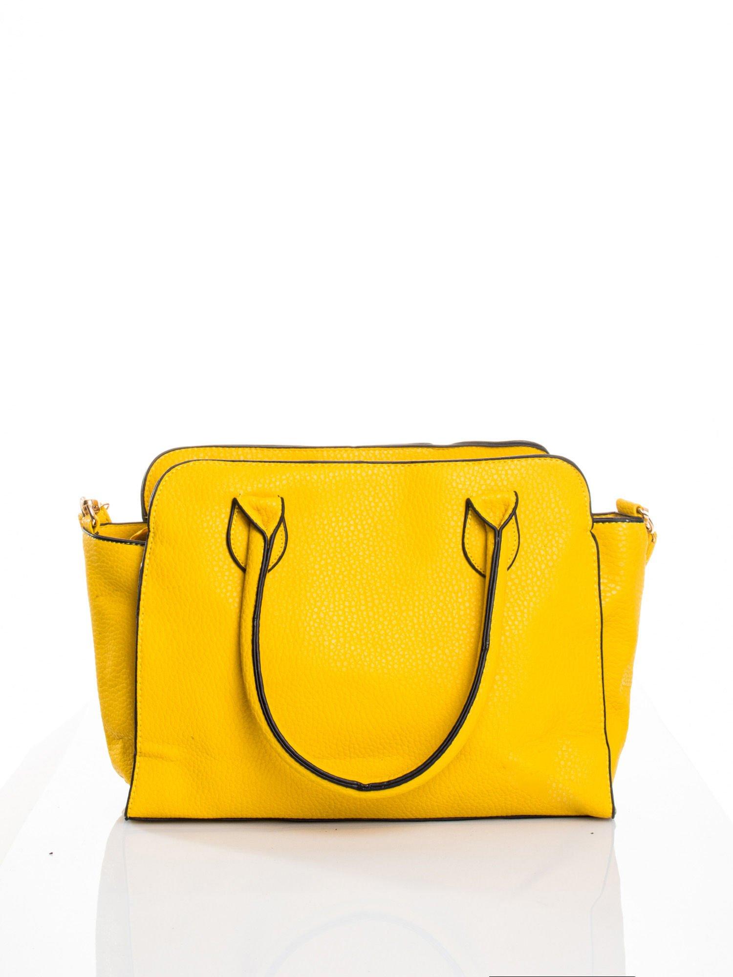 Żółta torba z klamrami z odpinanym paskiem                                  zdj.                                  2