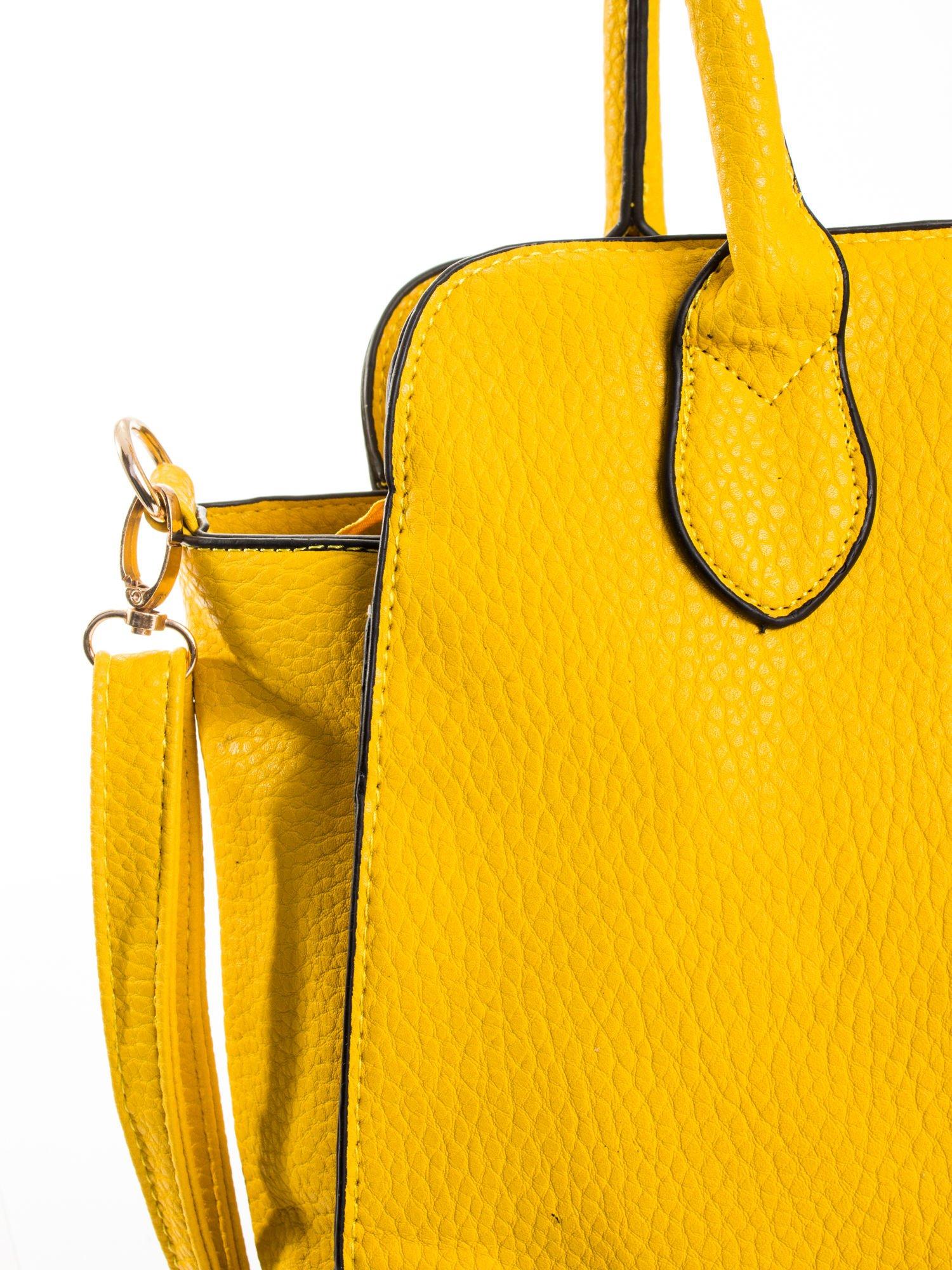 Żółta torba z klamrami z odpinanym paskiem                                  zdj.                                  7