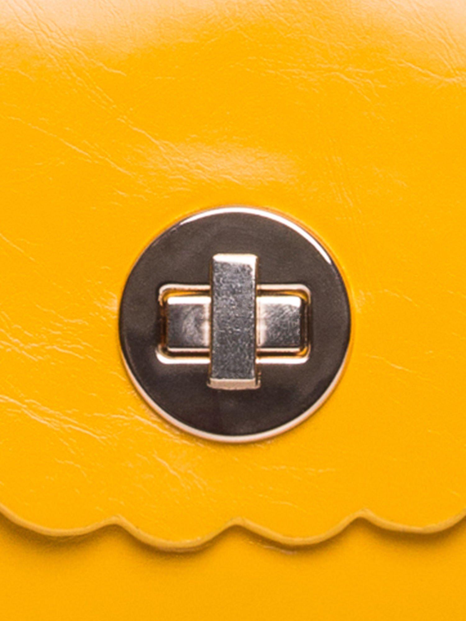 Żółta torebka listonoszka z falowanym wykończeniem                                  zdj.                                  7