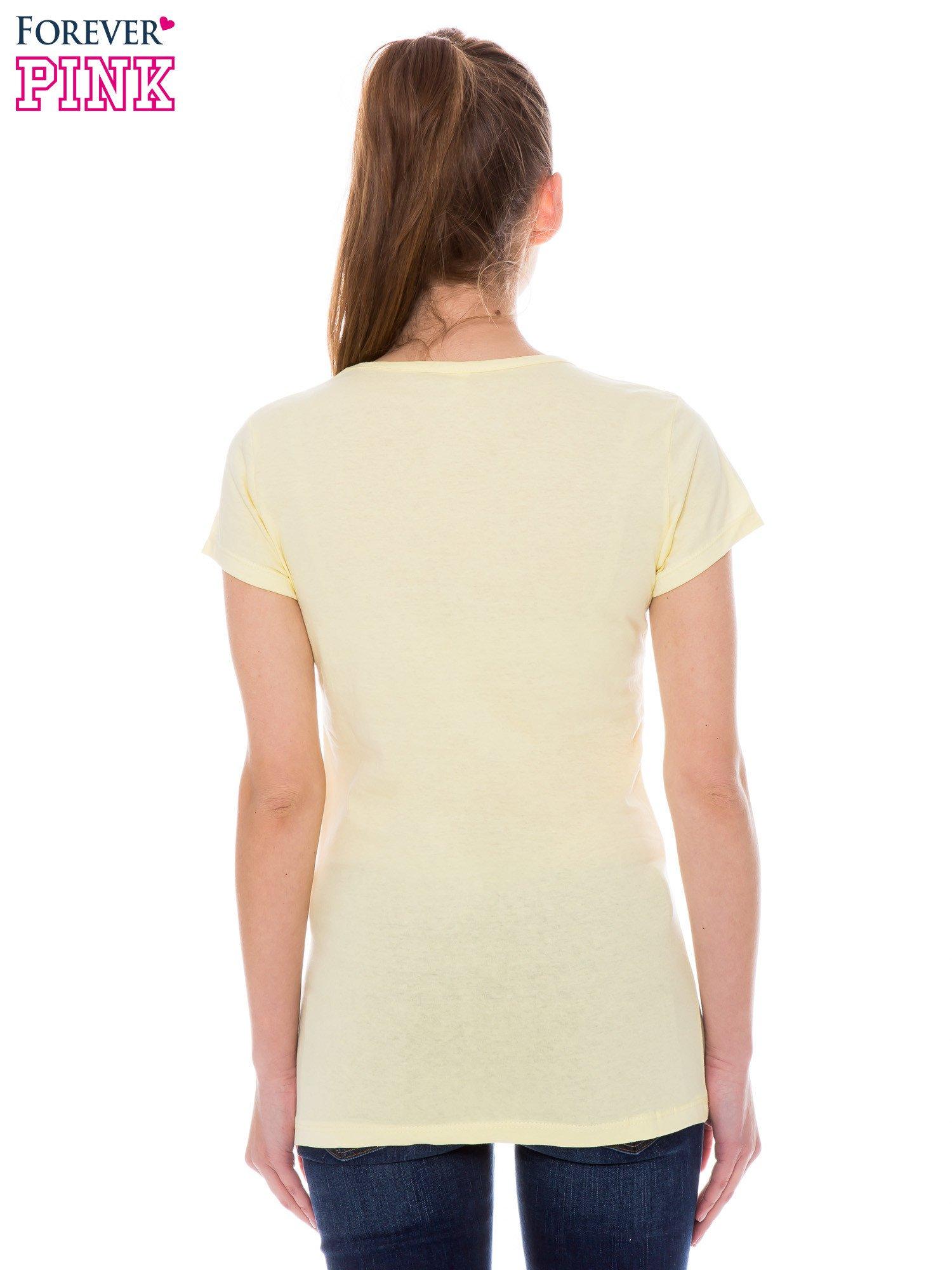 Żółty t-shirt z nadrukiem indianina                                  zdj.                                  3