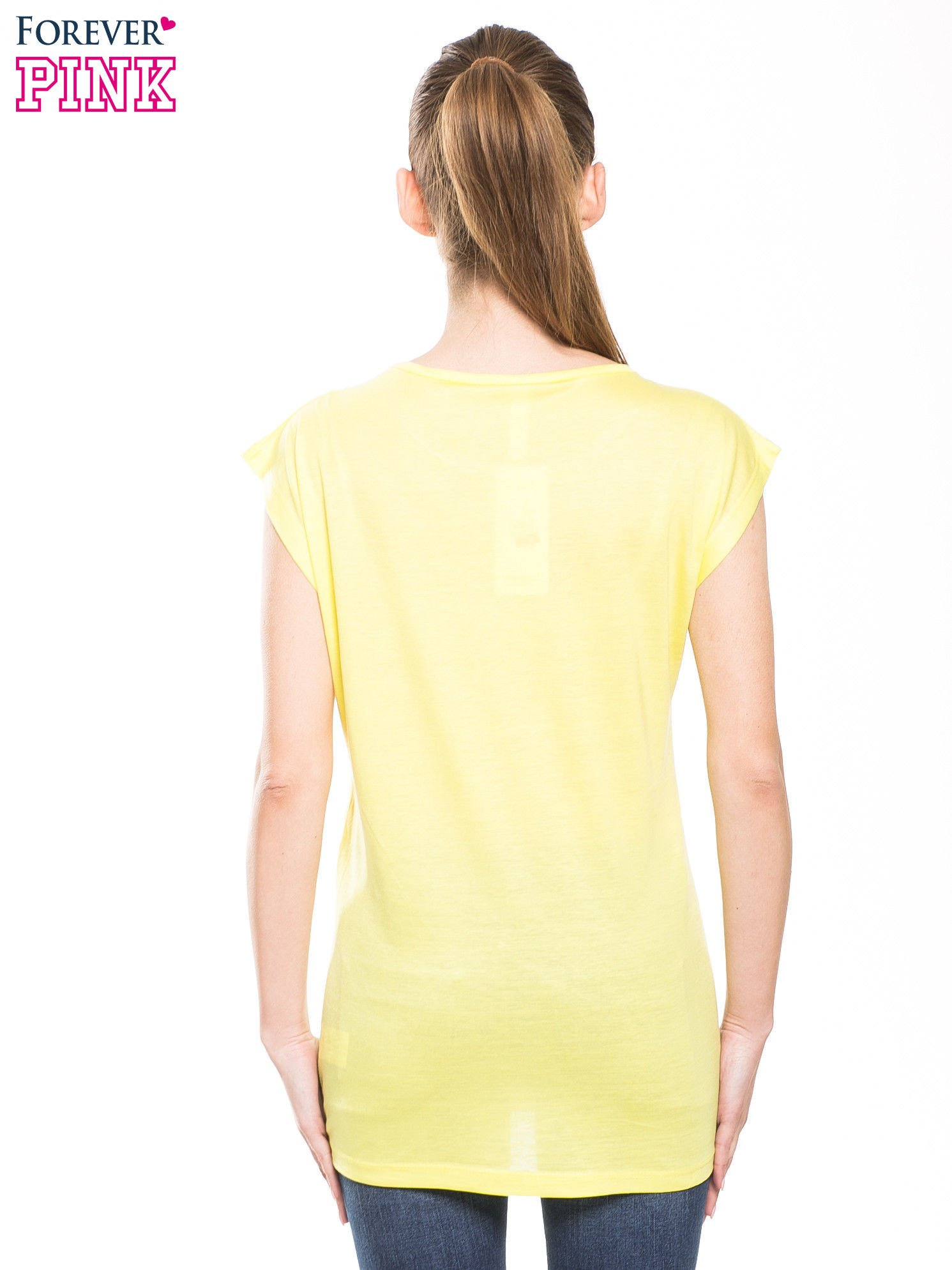 Żółty t-shirt z nadrukiem kobiety w stylu fashion                                  zdj.                                  2