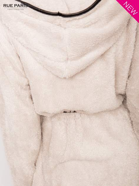 Beżowa bluza z kapturem ze skórzanym paskiem i lamówką                                  zdj.                                  7